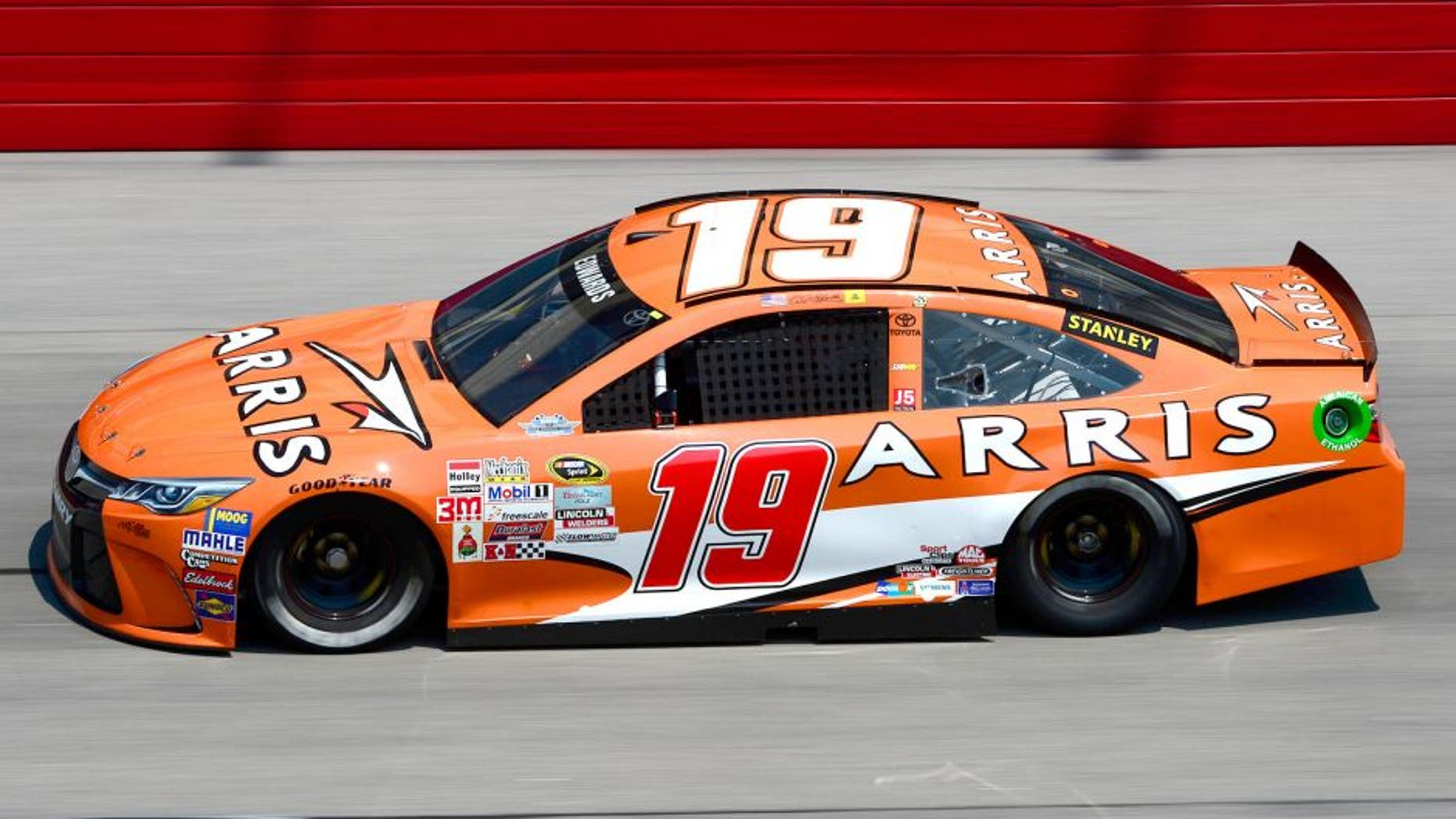 DARLINGTON, SC - SEPTEMBER 04: Carl Edwards, driver of the #19 ARRIS Toyota, practices for the NASCAR Sprint Cup Series Bojangles' Southern 500 at Darlington Raceway on September 4, 2015 in Darlington, South Carolina. (Photo by Robert Laberge/NASCAR via Getty Images)