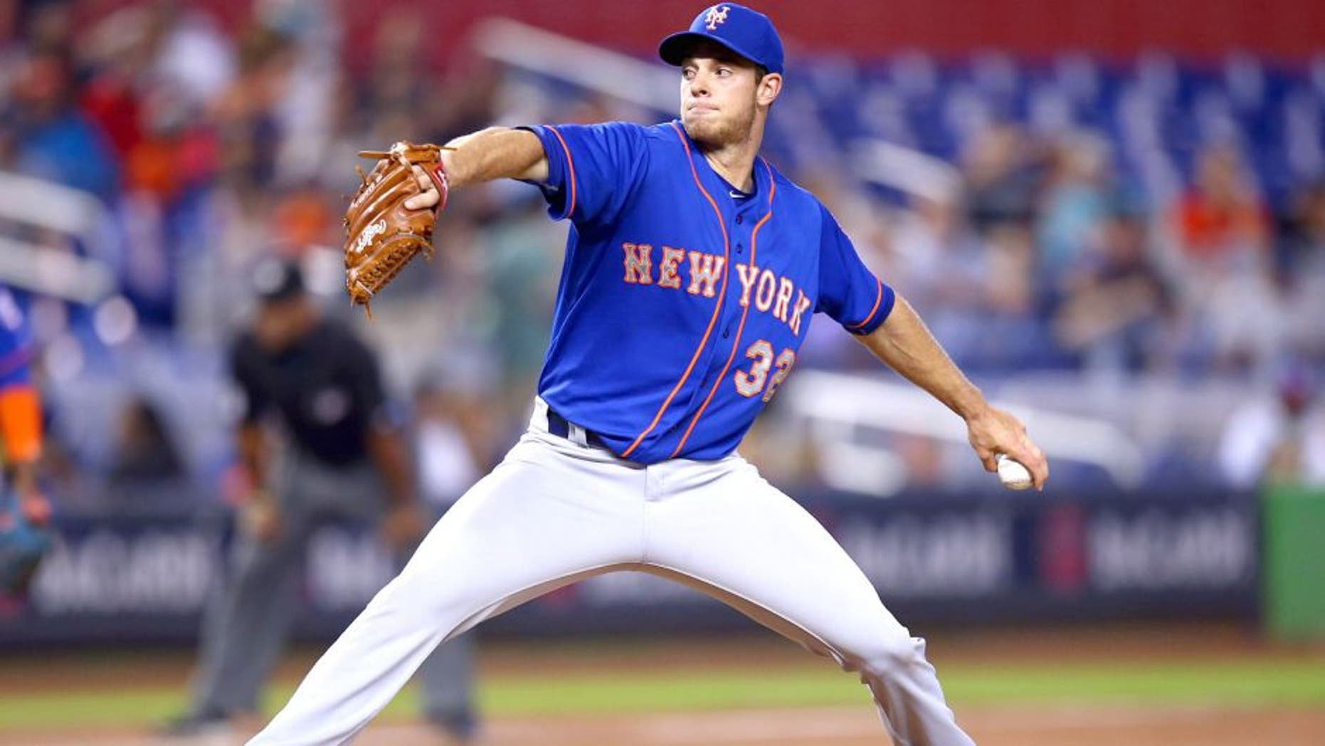 MIAMI, FL - SEPTEMBER 06: Steven Matz #32 of the New York Mets pitches during the game against the Miami Marlins at Marlins Park on September 6, 2015 in Miami, Florida. (Photo by Rob Foldy/Getty Images)