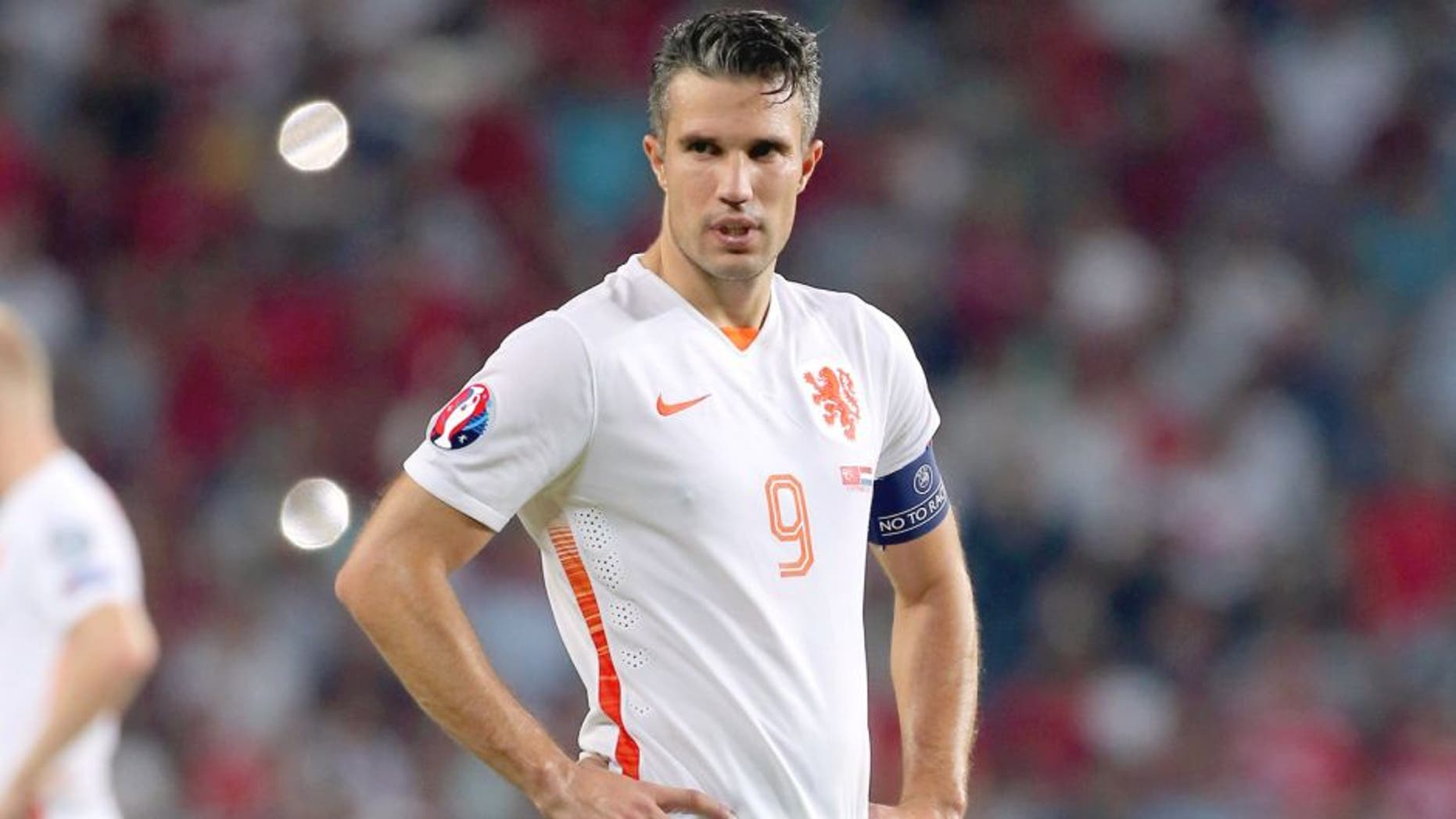 Netherland's Robin Van Persie look on at the end of the Euro 2016 qualifying match between Turkey and Netherlands at the Arena Stadium in Konya on September 6, 2015. Turkey defeated the Netherlands 3-0. AFP PHOTO/STRINGER (Photo credit should read STR/AFP/Getty Images)