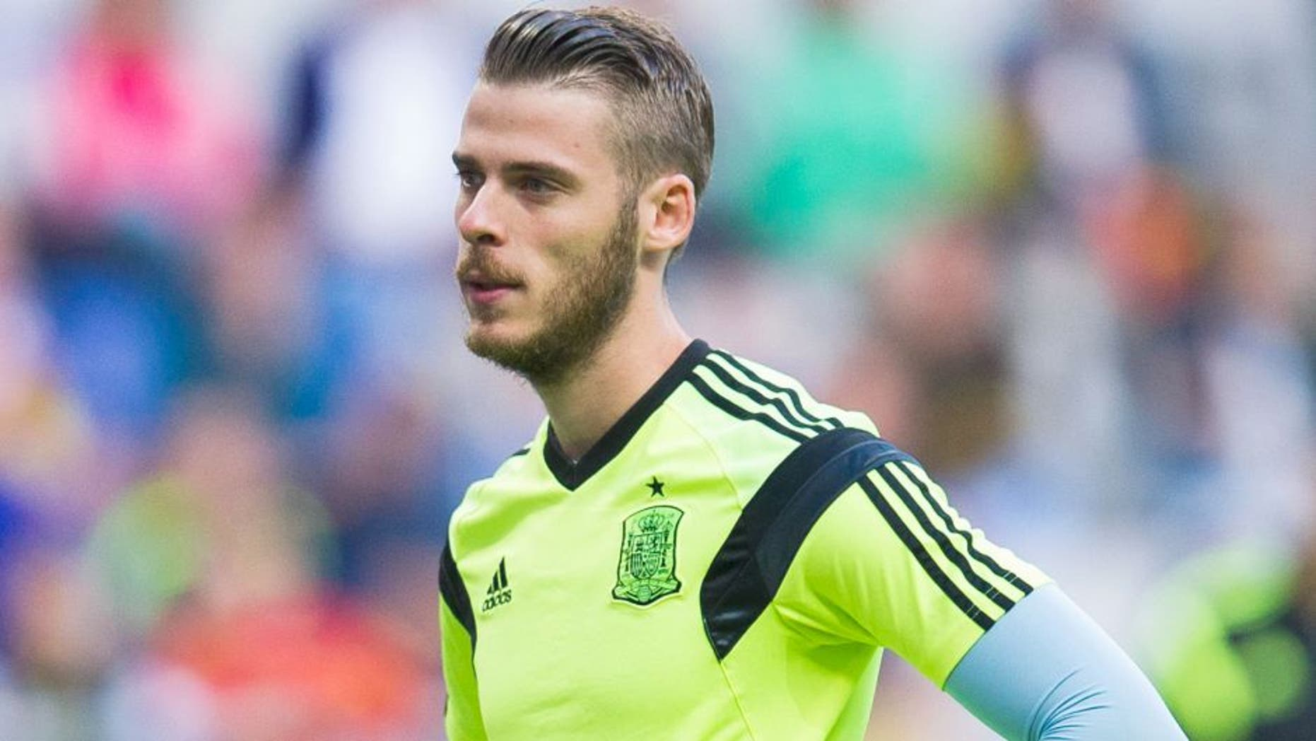 OVIEDO, SPAIN - SEPTEMBER 05: David De Gea of Spain looks on prior to the start the Spain v Slovakia EURO 2016 Qualifier at Carlos Tartiere on September 5, 2015 in Oviedo, Spain. (Photo by Juan Manuel Serrano Arce/Getty Images)