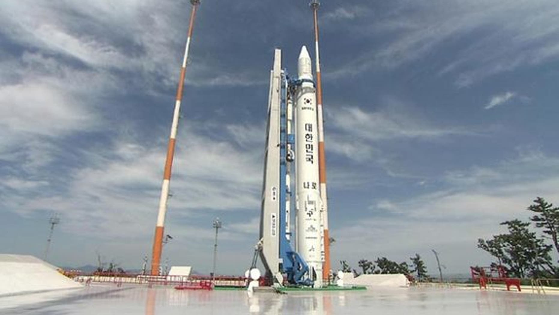 The South Korean KSLV-1 rocket sits on the launch pad during ground tests before its first launch in 2009.