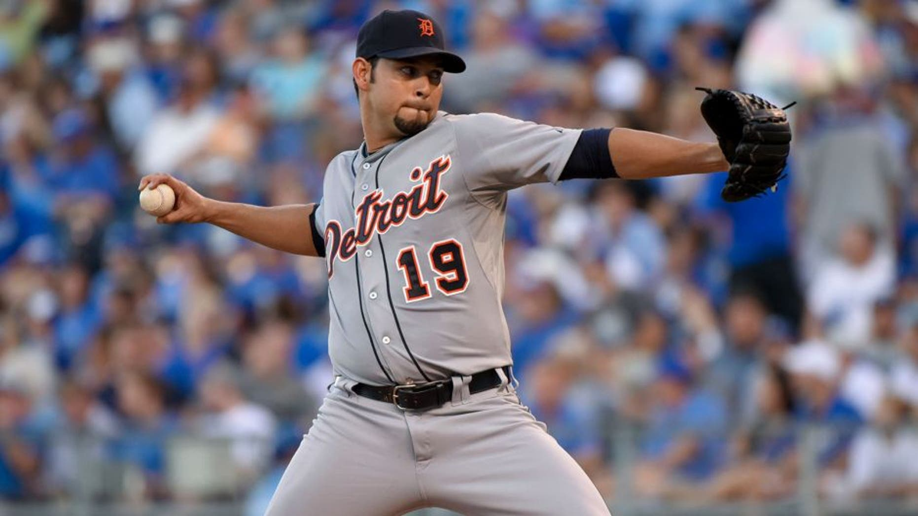 KANSAS CITY, MO - AUGUST 11: Anibal Sanchez #19 of the Detroit Tigers throws against the Kansas City Royals at Kauffman Stadium on August 11, 2015 in Kansas City, Missouri. (Photo by Ed Zurga/Getty Images)