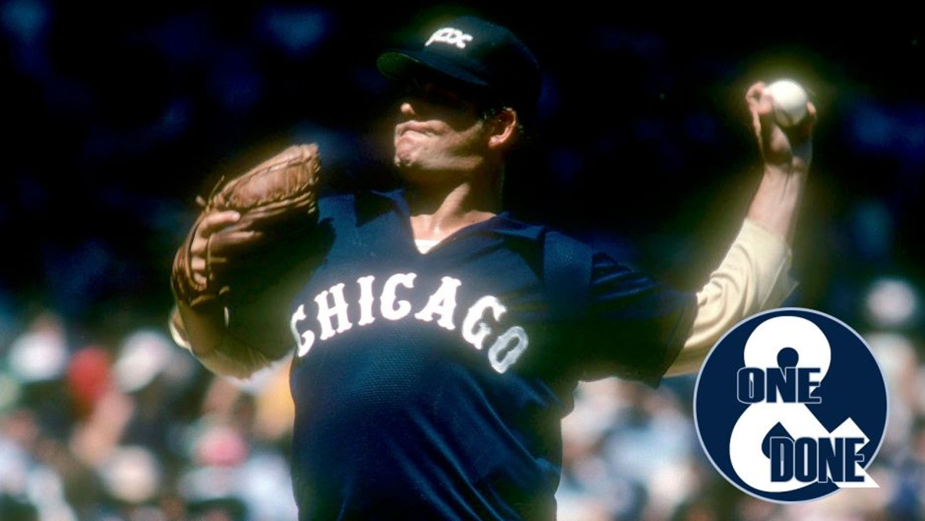 NEW YORK - CIRCA 1978: Pitcher Wilbur Wood #28 of the Chicago White Sox pitches against the New York Yankees during a Major League Baseball game circa 1978 at Yankee Stadium in the Bronx Borough of New York City. Wood played for the White Sox from 1967-78. (Photo by Focus on Sport/Getty Images)