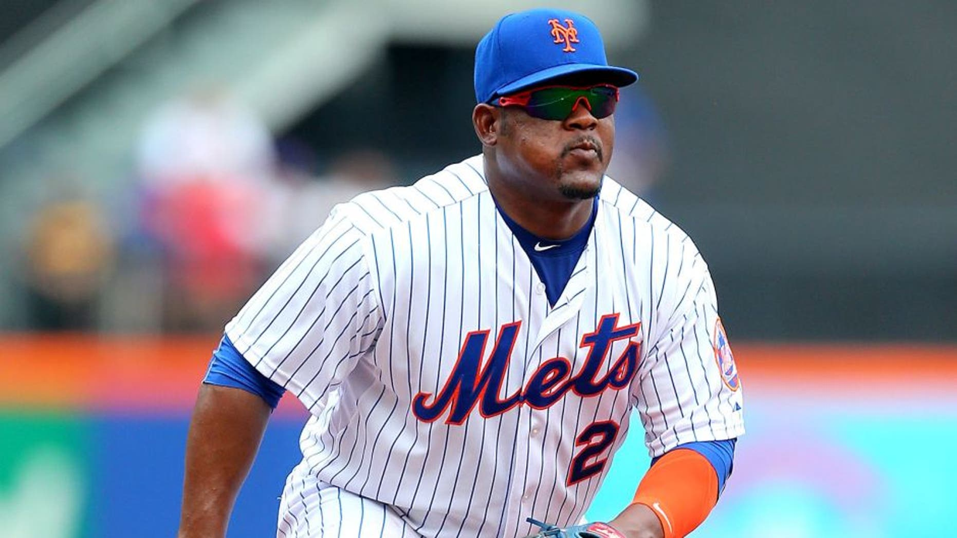 NEW YORK, NY - JULY 30: Juan Uribe #2 of the New York Mets in action against the San Diego Padres at Citi Field on July 30, 2015 in Flushing neighborhood of the Queens borough of New York City. Padres defeated the Mets 8-7. (Photo by Mike Stobe/Getty Images)