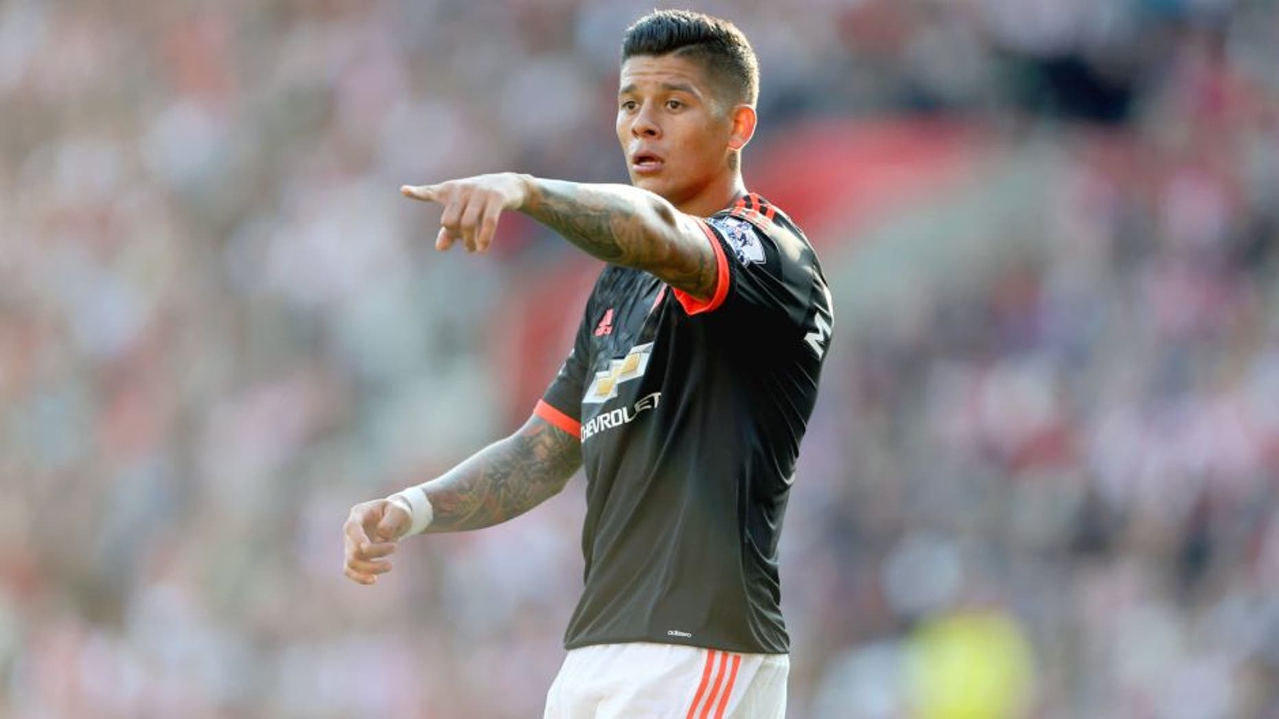 SOUTHAMPTON, ENGLAND - SEPTEMBER 20: Marcos Rojo of Manchester United during the Barclays Premier League match at St Mary's stadium between Southampton and Manchester United on September 20, 2015 in Southampton, United Kingdom. (Photo by Catherine Ivill - AMA/Getty Images)