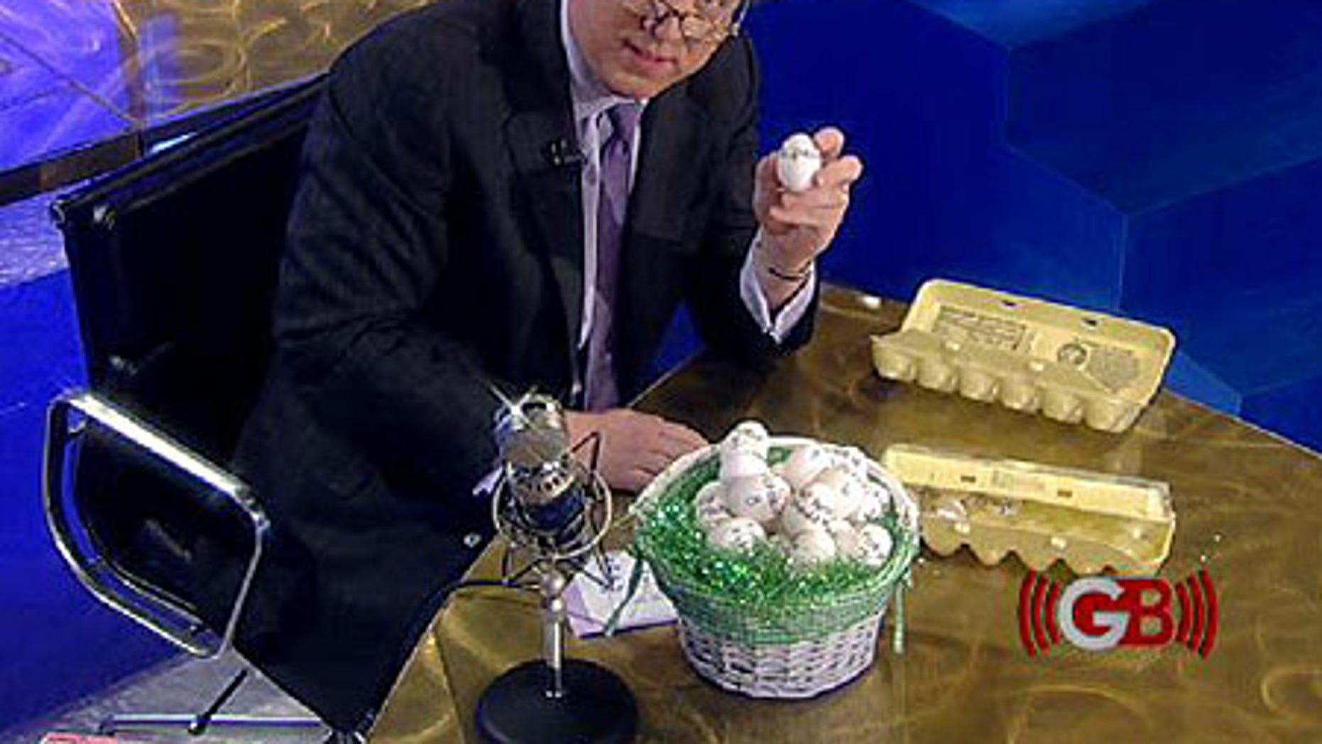 Glenn's eggs-cellent demonstration