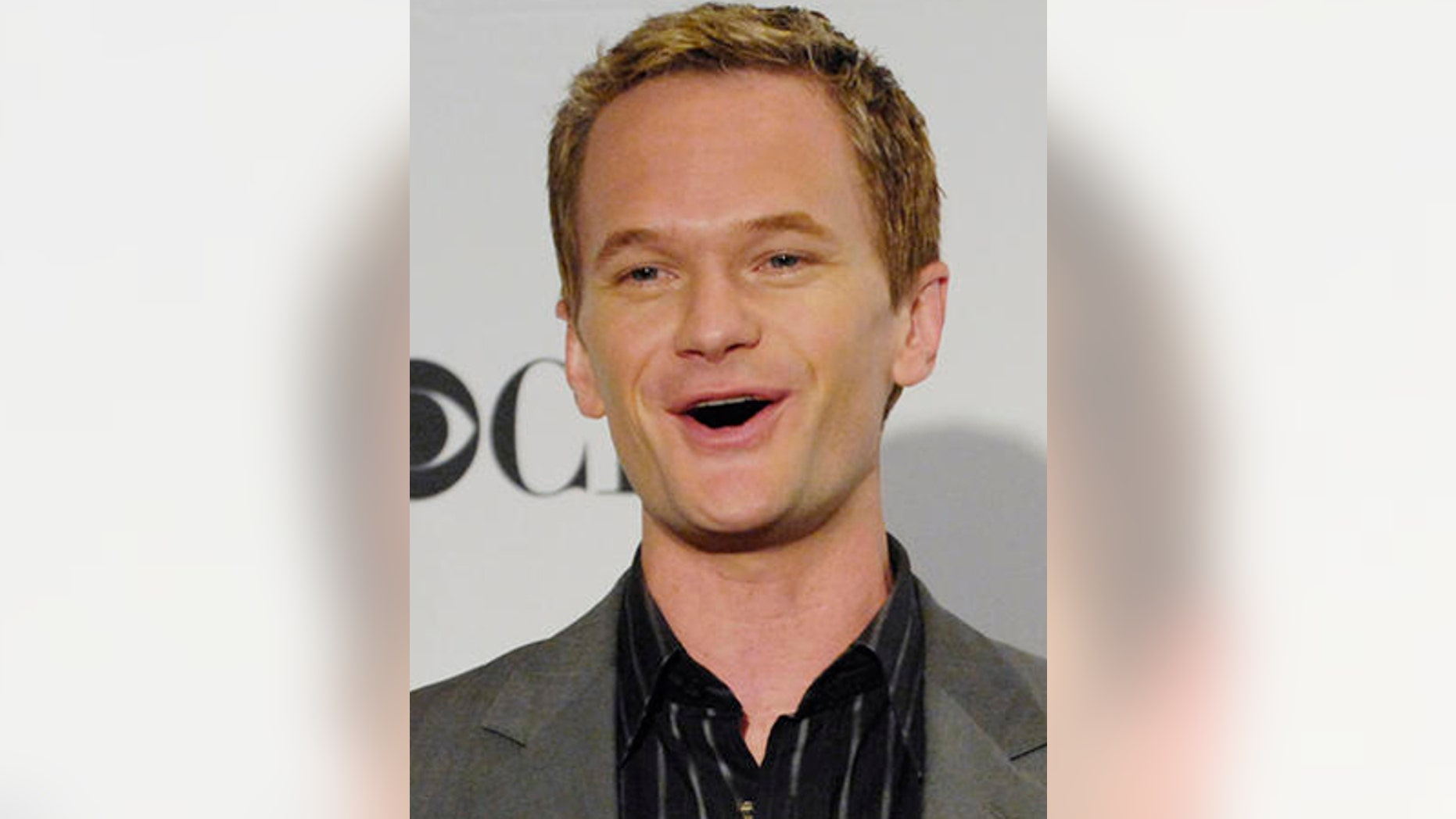 """**FILE**Actor Neil Patrick Harris announces nominations for the 33rd Annual People's Choice Awards, in Beverly Hills, Calif., Tuesday, Nov. 7, 2006. Earlier this month he told People's Web site he was gay, saying he was responding to """"speculation and interest in my private life and relationships.""""( AP Photo/Chris Pizzello)"""