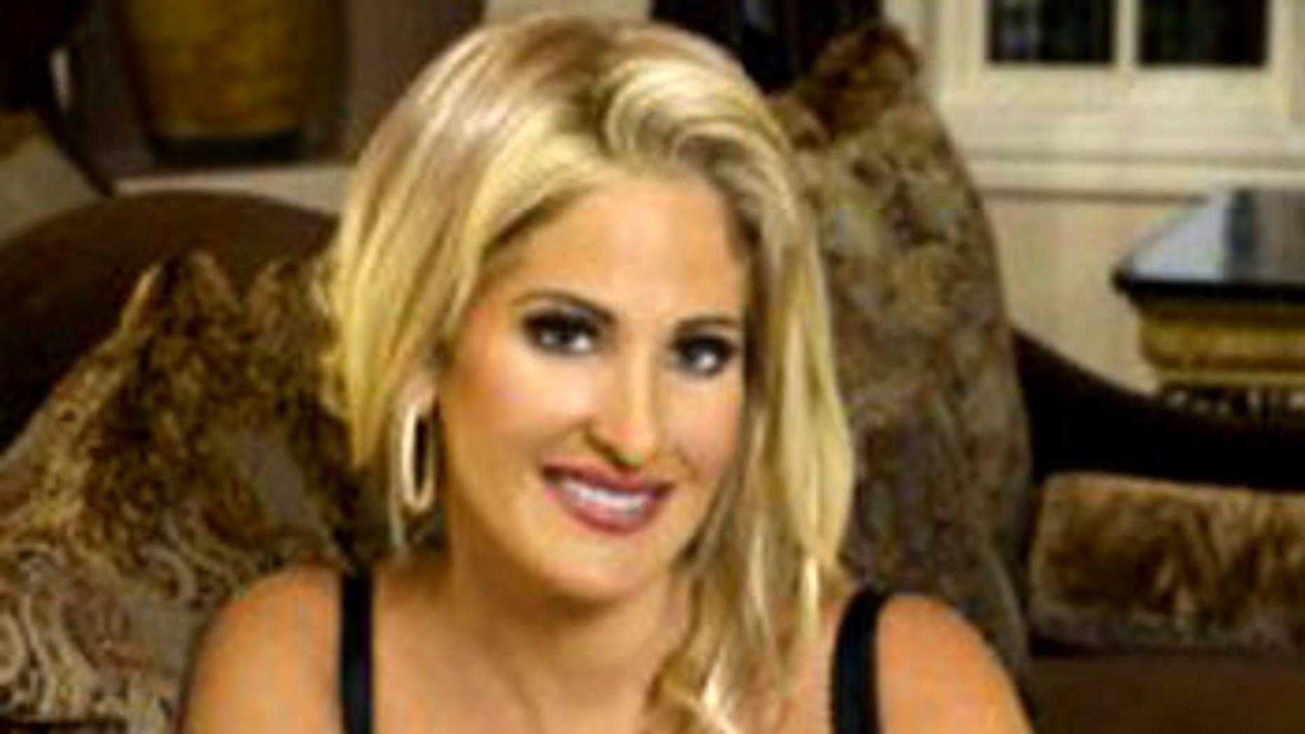 "Kim Zolciak wnet byt the name ""Barbi"" in the early 2000s, an insider tells Pop Tarts."