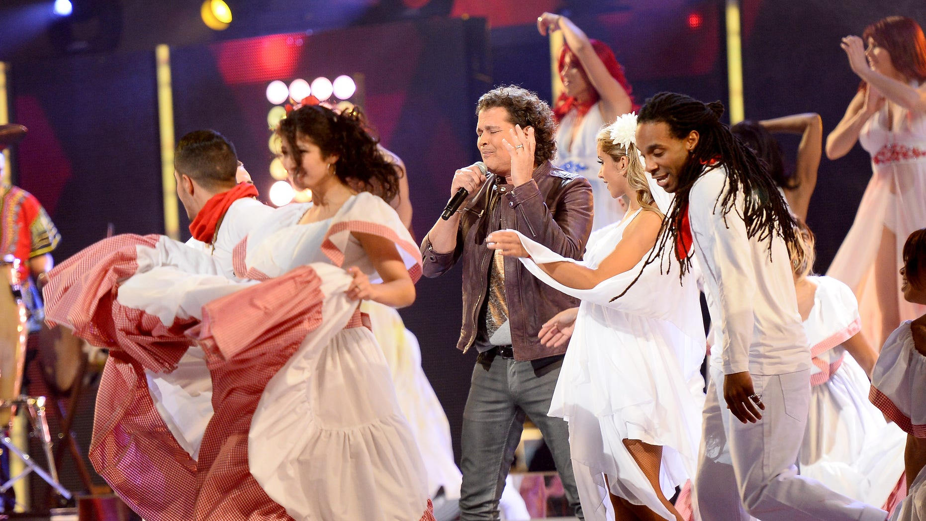 LAS VEGAS, NV - NOVEMBER 21:  Singer Carlos Vives onstage during the 14th Annual Latin GRAMMY Awards held at the Mandalay Bay Events Center on November 21, 2013 in Las Vegas, Nevada.  (Photo by Ethan Miller/Getty Images for LARAS)