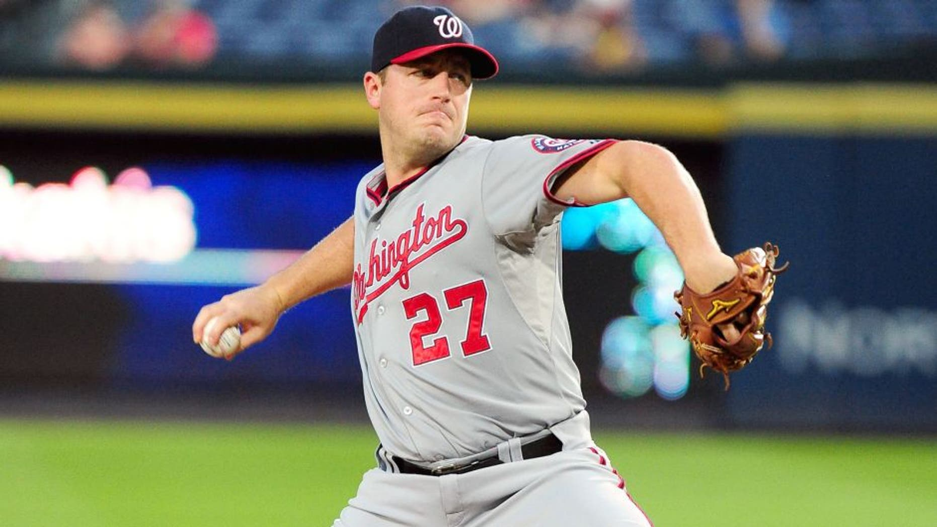 ATLANTA, GA - SEPTEMBER 30: Jordan Zimmermann #27 of the Washington Nationals throws a first inning pitch against the Atlanta Braves at Turner Field on September 30, 2015 in Atlanta, Georgia. (Photo by Scott Cunningham/Getty Images)