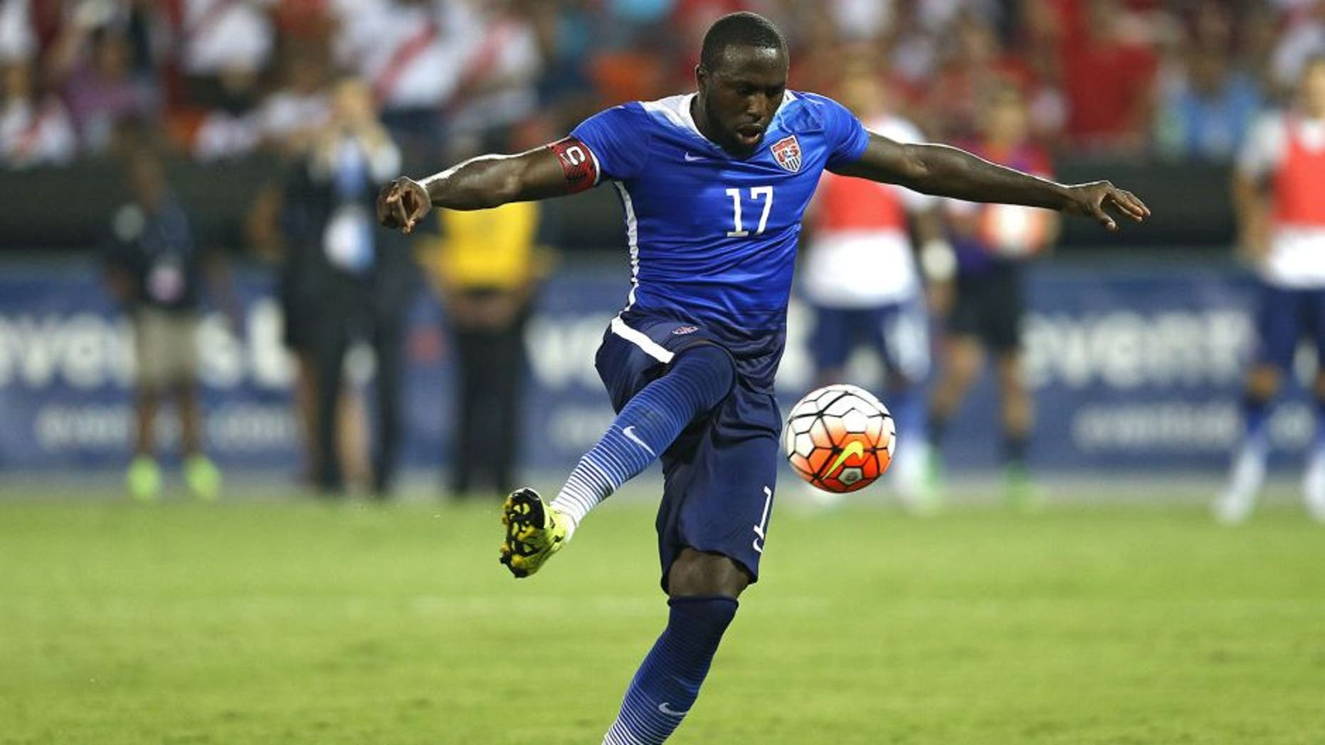 WASHINGTON, DC - SEPTEMBER 04: Jozy Altidore #17 of the United States scores a goal against Peru in the second half during an international friendly at RFK Stadium on September 4, 2015 in Washington, DC. (Photo by Patrick Smith/Getty Images)