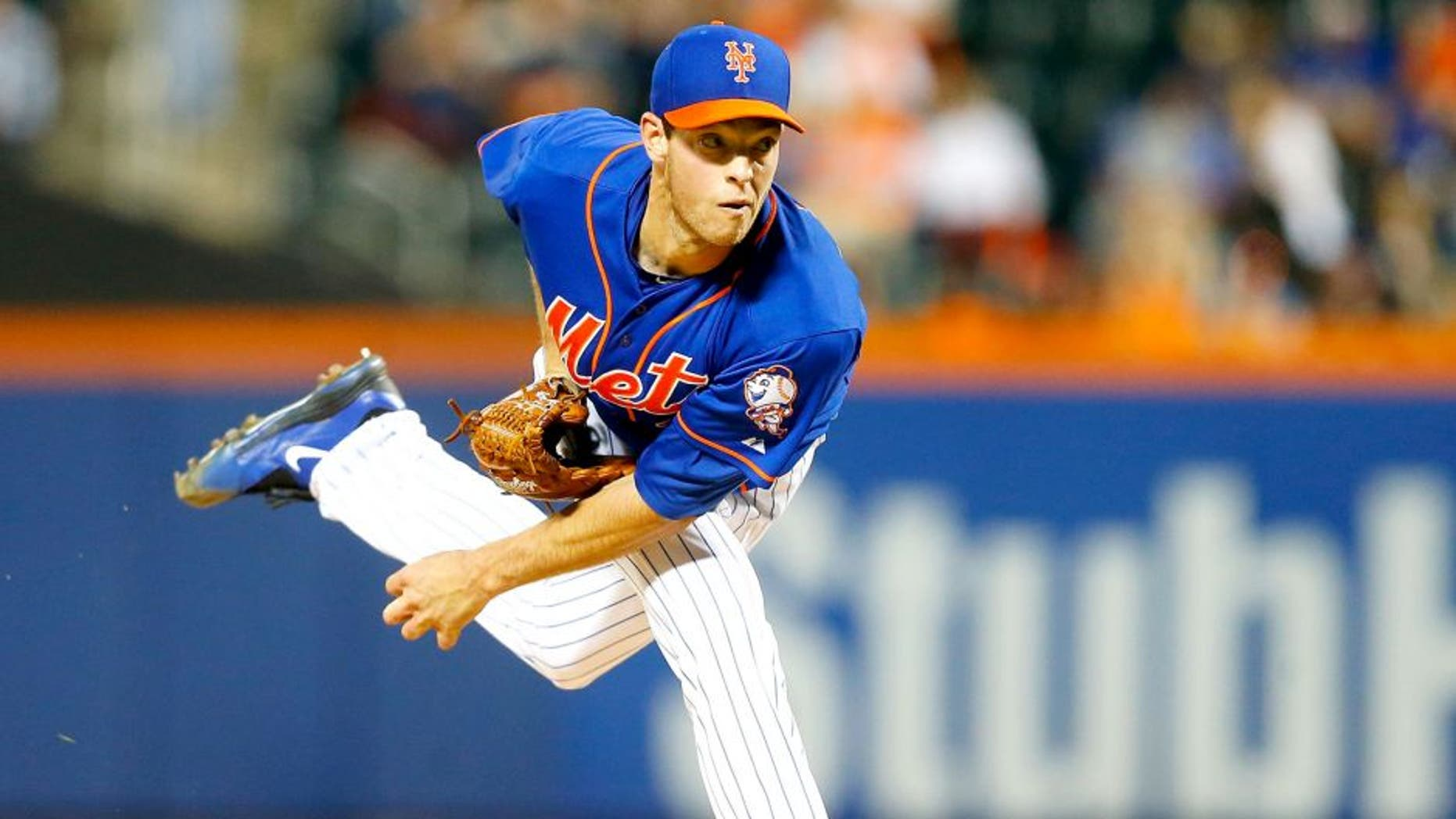 NEW YORK, NY - SEPTEMBER 18: (NEW YORK DAILIES OUT) Steven Matz #32 of the New York Mets pitches in the first inning against the New York Yankees at Citi Field on September 18, 2015 in the Flushing neighborhood of the Queens borough of New York City. The Mets defeated the Yankees 5-1. (Photo by Jim McIsaac/Getty Images)