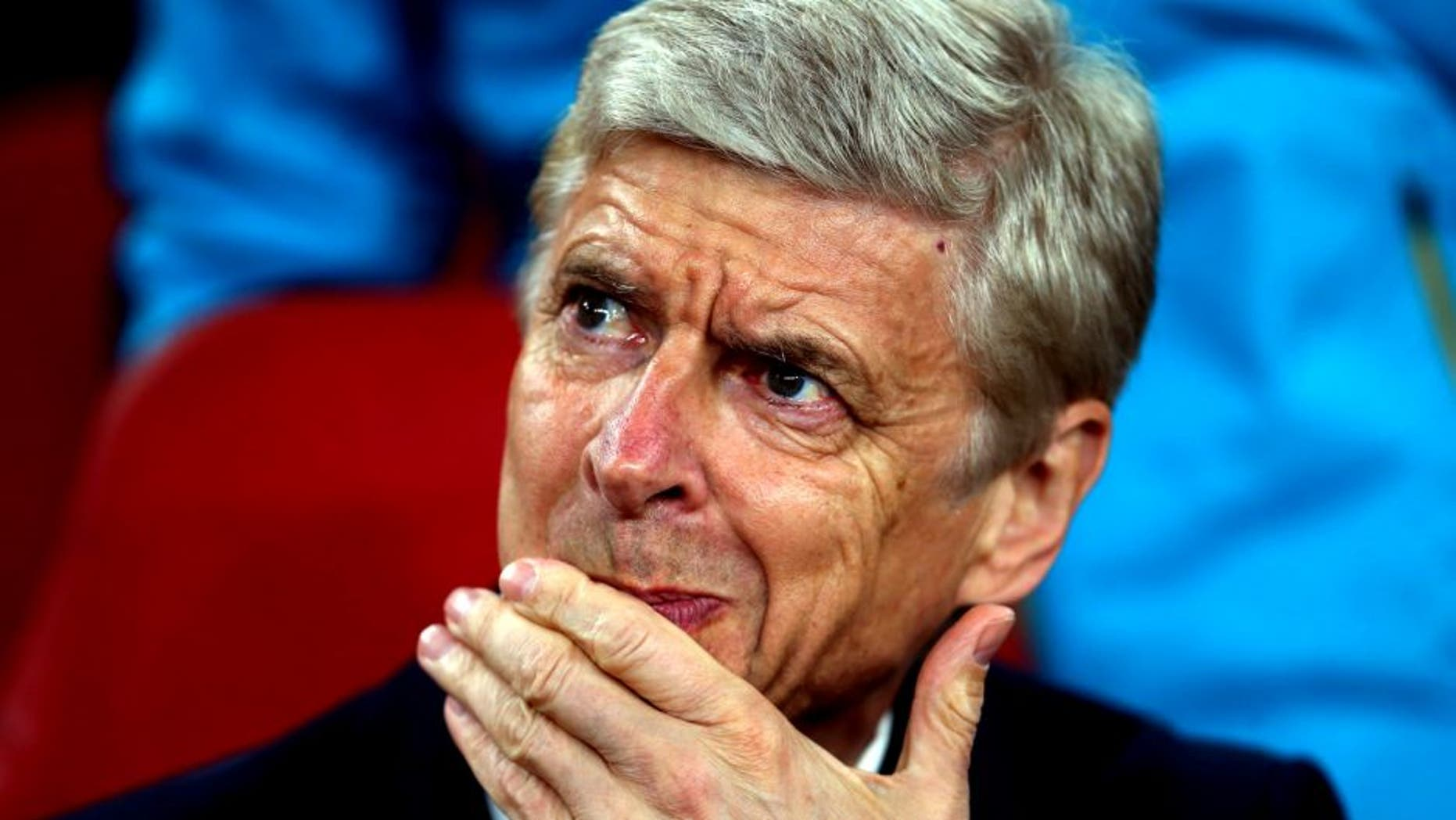 LONDON, ENGLAND - SEPTEMBER 29: Arsene Wenger manager of Arsenal before the UEFA Champions League match between Arsenal and Olympiacos at the Emirates Stadium on September 29, 2015 in London, United Kingdom. (Photo by Catherine Ivill - AMA/Getty Images)
