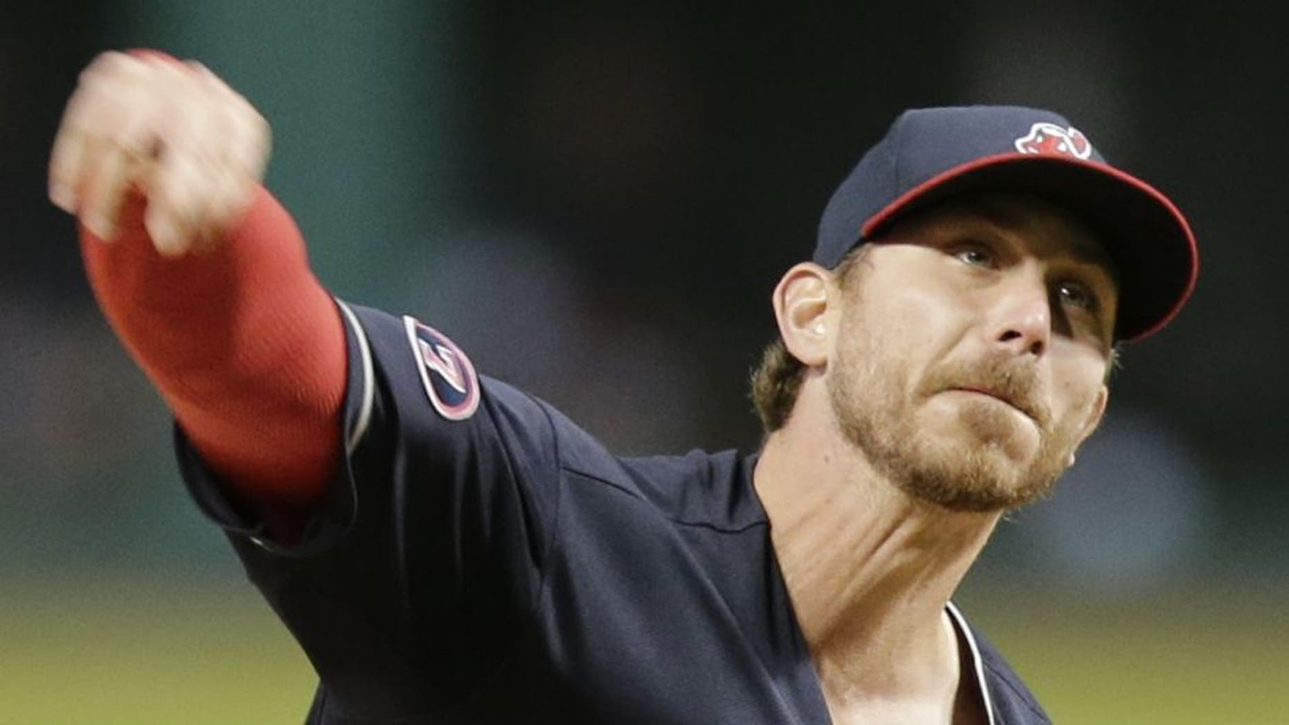 Cleveland Indians starting pitcher Josh Tomlin delivers in the first inning