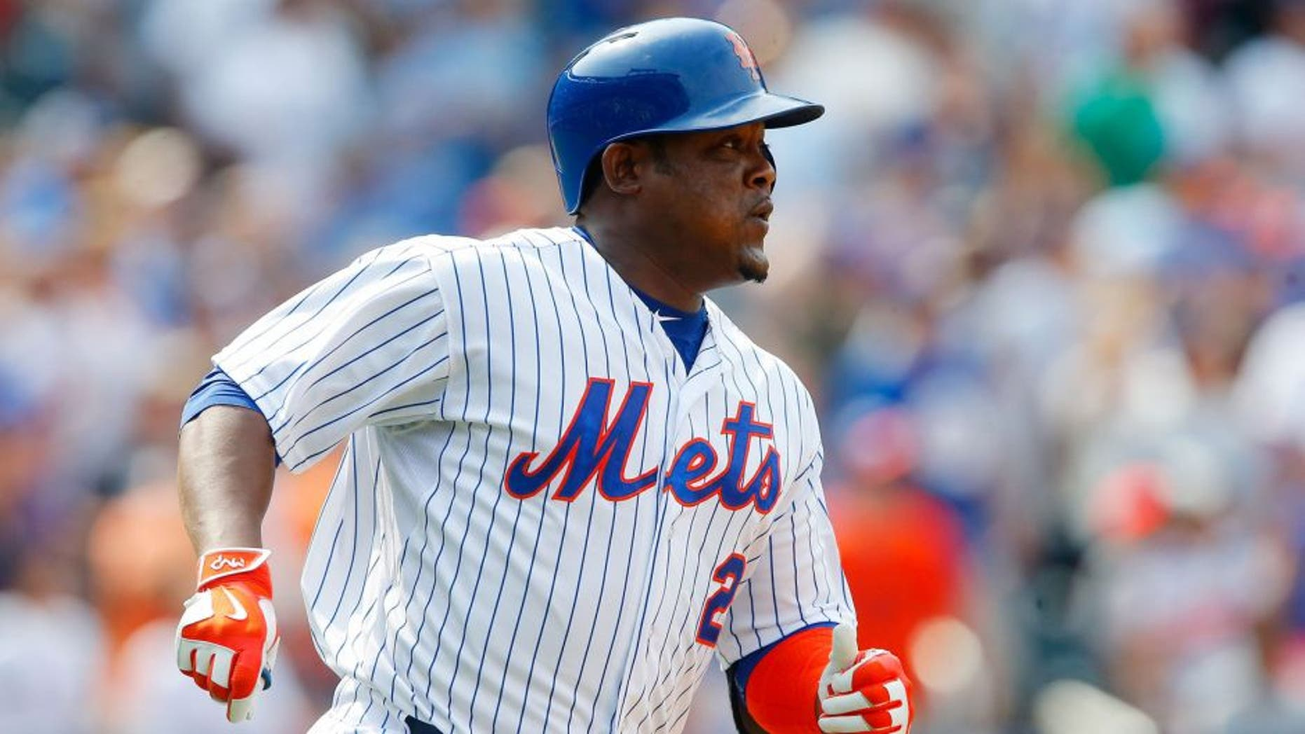NEW YORK, NY - AUGUST 30: Juan Uribe #2 of the New York Mets in action against the bb at Citi Field on August 30, 2015 in the Flushing neighborhood of the Queens borough of New York City. The Mets defeated the Red Sox 5-4. (Photo by Jim McIsaac/Getty Images)