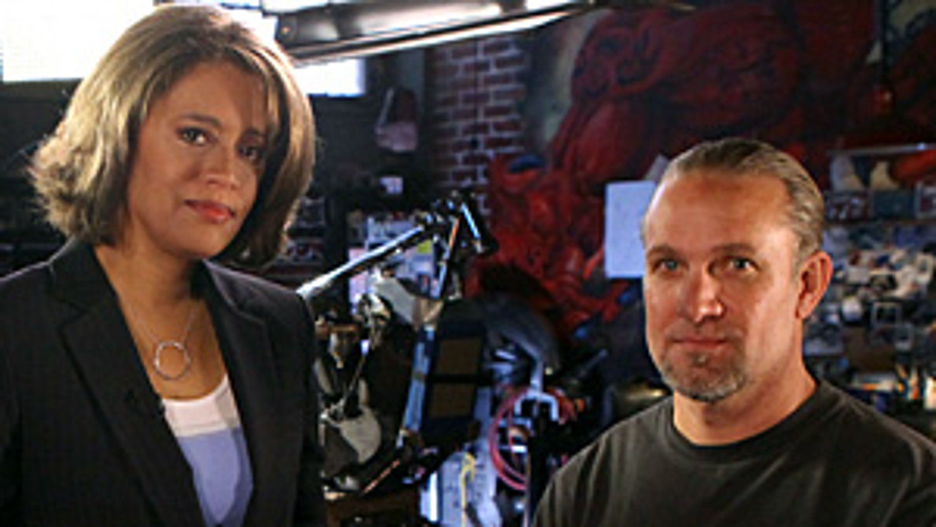 "NIGHTLINE - In his first interview since the break-up of his marriage to Oscar-winning actress Sandra Bullock, Jesse James sits down with ""Nightline�s"" Vicki Mabrey to tell his side of the story and respond to the tough questions. �Nightline�s� exclusive interview with Jesse James airs on ABC News' ""Nightline"" Tuesday, May 25, 2010 at 11:35pm (ET/PT). (ABC/Patrick Wymore) VICKY MABREY, JESSE JAMES"