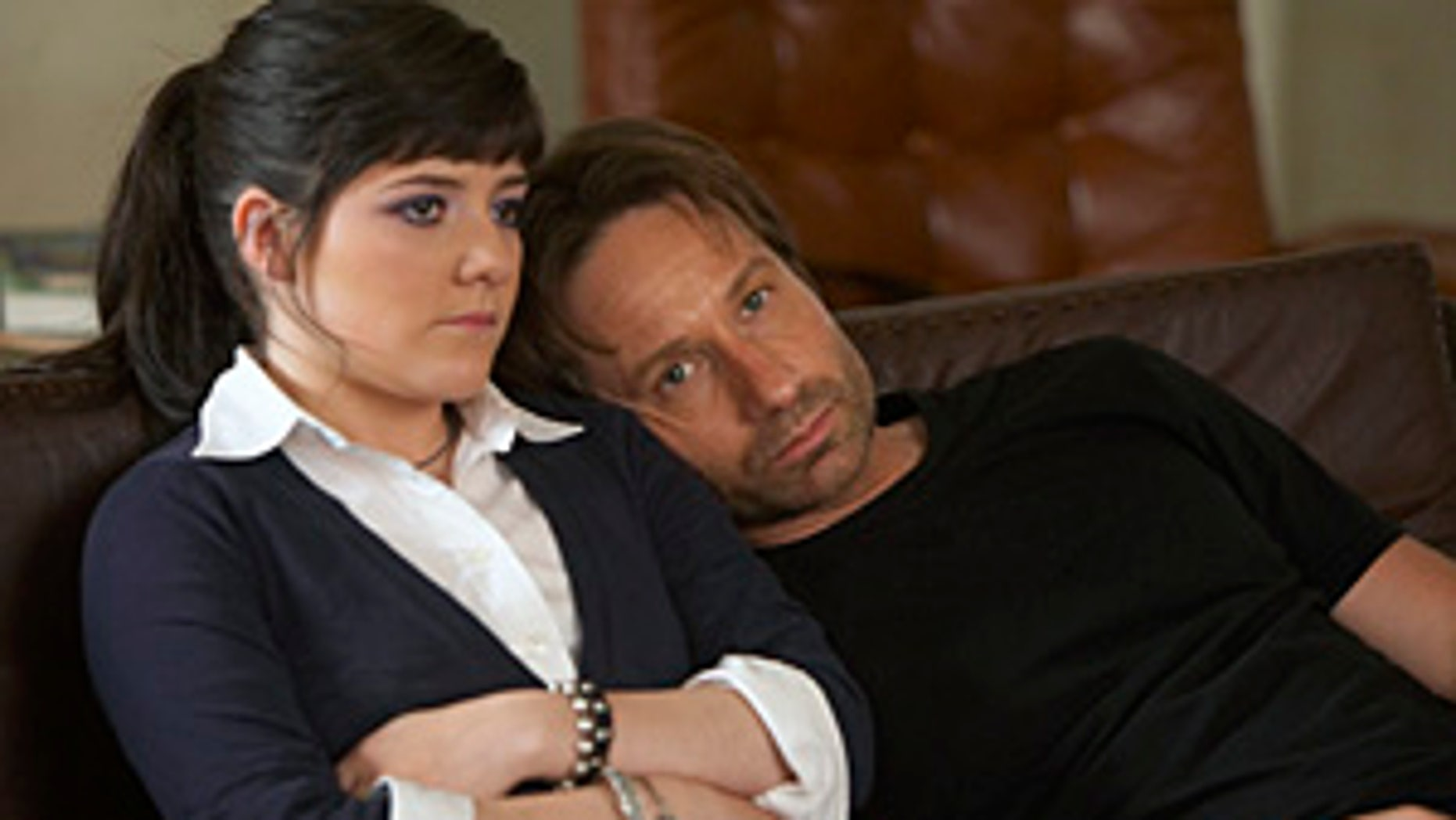 Madeleine Martin as Becca and David Duchovny as Hank in Californication (Season 3, Episode 8) - Photo: Jordin Althaus/Showtime - Photo ID: californication_308_0498