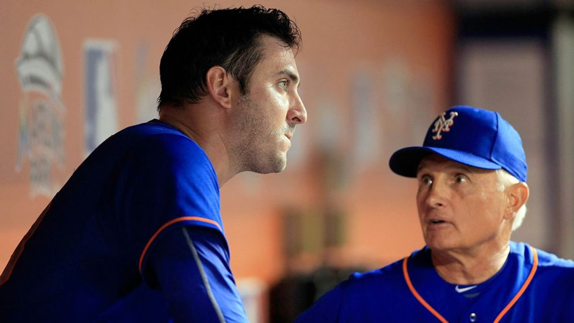 Aug 5, 2015; Miami, FL, USA; New York Mets manager Terry Collins (right) talks with starting pitcher Matt Harvey in the eighth inning of a game against the Miami Marlins at Marlins Park. The Mets won 8-6. Mandatory Credit: Robert Mayer-USA TODAY Sports