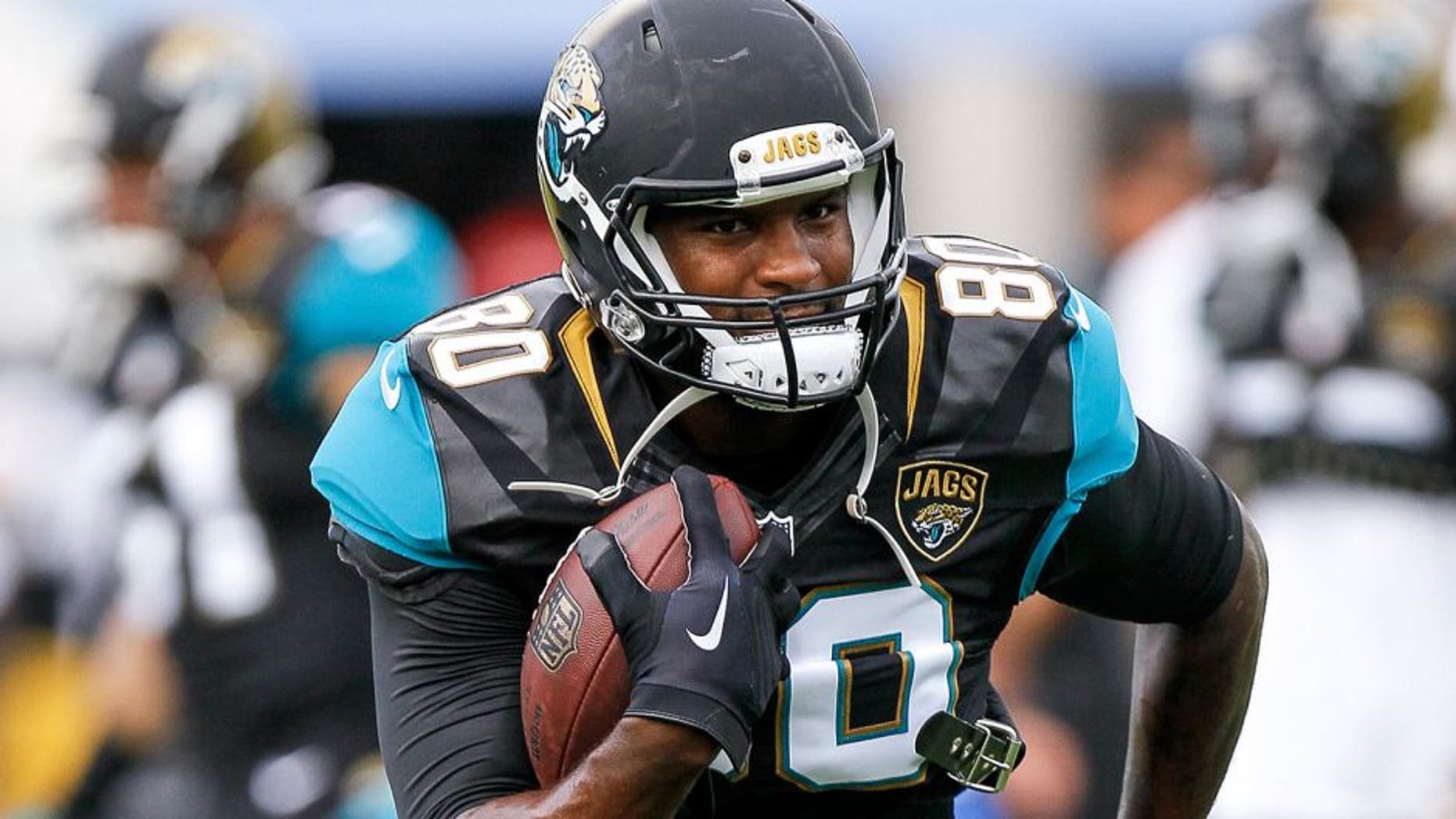 JACKSONVILLE, FL - AUGUST 14: Tight End Julius Thomas #80 of the Jacksonville Jaguars during a preseason game against the Pittsburgh Steelers at EverBank Field on August 14, 2015 in Jacksonville, Florida. The Jaguars defeated the Steelers 23 to 21. (Photo by Don Juan Moore/Getty Images)