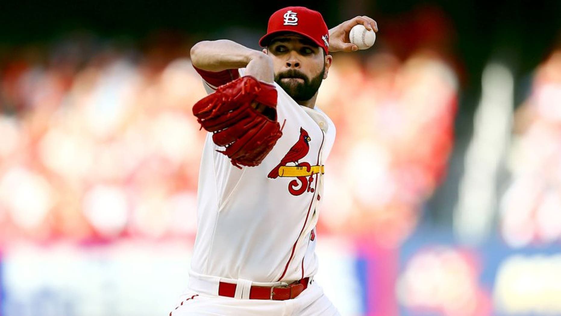ST LOUIS, MO - OCTOBER 10: Jaime Garcia #54 of the St. Louis Cardinals throws a pitch in the first inning against the Chicago Cubs during game two of the National League Division Series at Busch Stadium on October 10, 2015 in St Louis, Missouri. (Photo by Dilip Vishwanat/Getty Images)