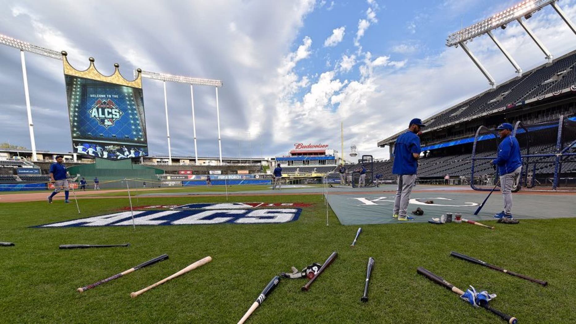 The Toronto Blue Jays take batting practice during a workout on Thursday, Oct. 15, 2015, at Kauffman Stadium in Kansas City, Mo. The Blue Jays meet the Kansas City Royals in Game 1 of the ALCS on Friday. (John Sleezer/Kansas City Star/TNS via Getty Images)