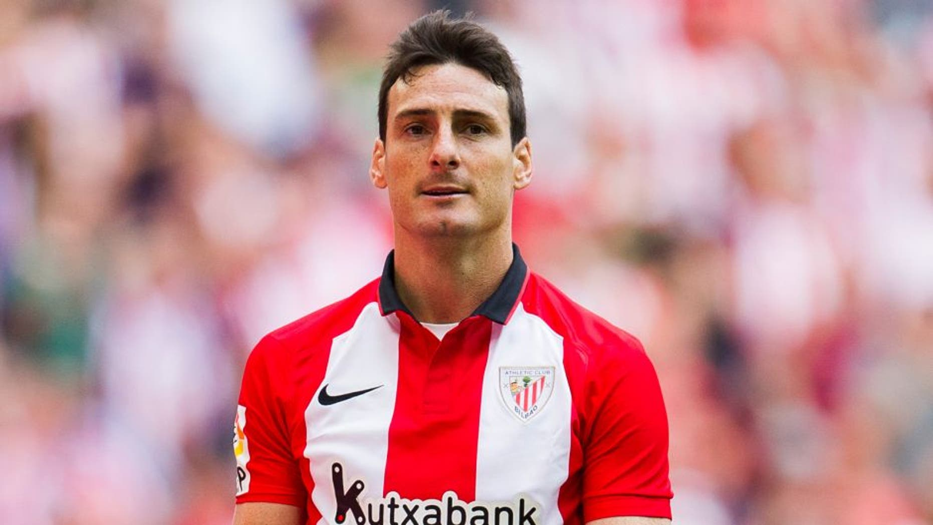 BILBAO, SPAIN - SEPTEMBER 13: Aritz Aduriz of Athletic Club Bilbao celebrates after scoring during the La Liga match between Athletic Club and Getafe CF at San Mames Stadium on September 13, 2015 in Bilbao, Spain. (Photo by Juan Manuel Serrano Arce/Getty Images)