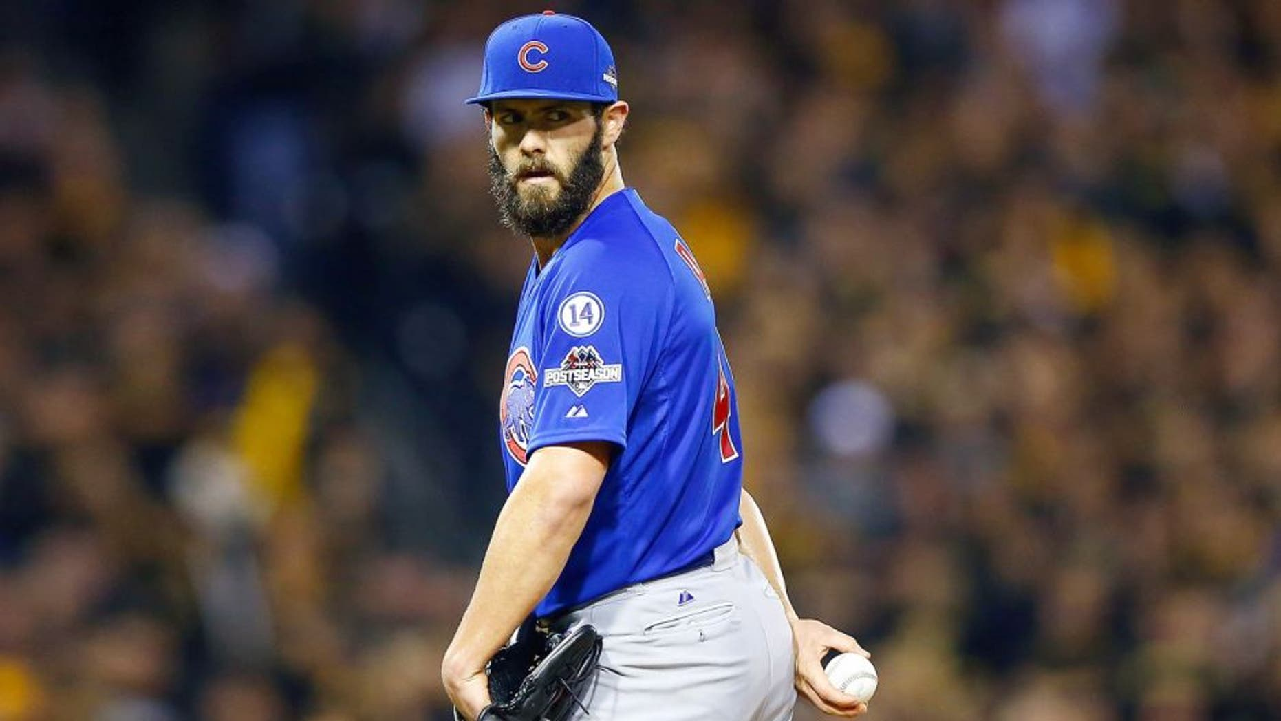 Jake Arrieta #49 of the Chicago Cubs stands on the pitcher's mound in the seventh inning against the Pittsburgh Pirates during the National League Wild Card game at PNC Park on October 7, 2015 in Pittsburgh, Pennsylvania. (Photo by Jared Wickerham/Getty Images)