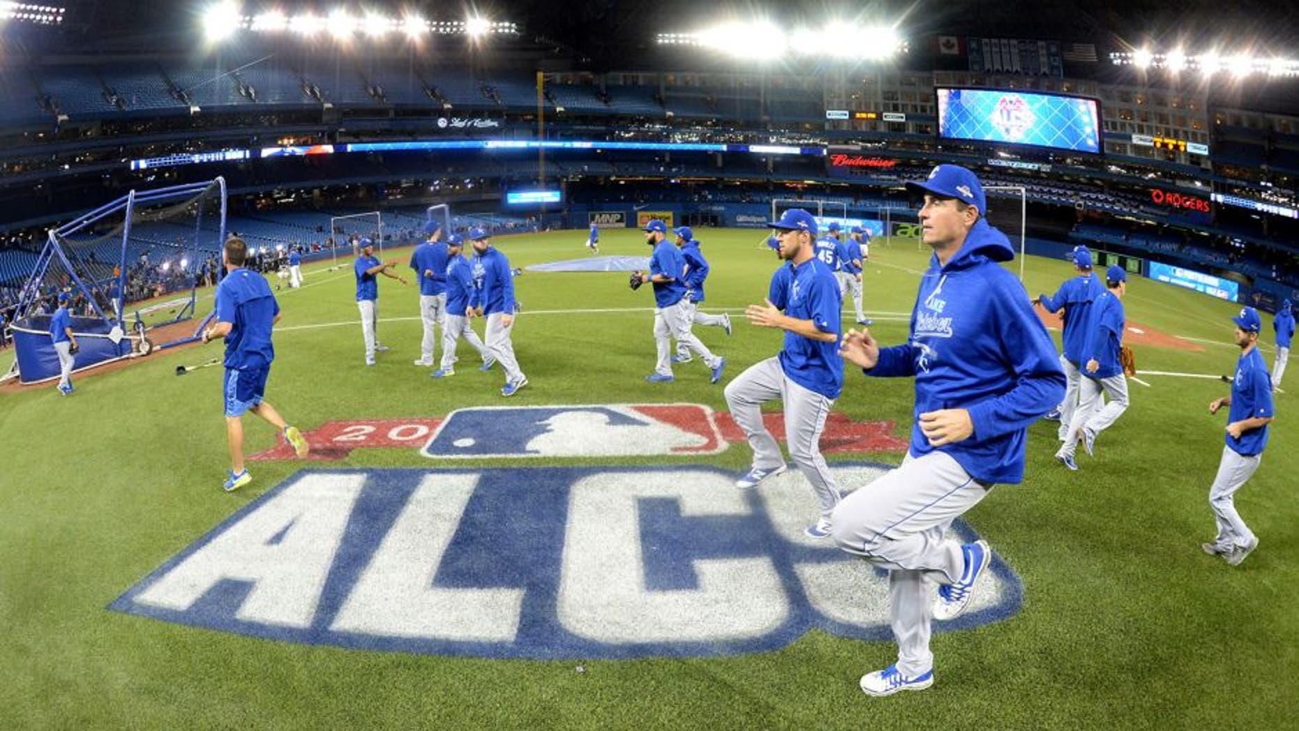 TORONTO, CANADA - OCTOBER 21: Members of the Kansas City Royals loosen up during batting practice before Game 5 of the ALCS against the Toronto Blue Jays at the Rogers Centre on Wednesday, October 21, 2015 in Toronto, Canada. (Photo by Jon Blacker/MLB Photos via Getty Images)