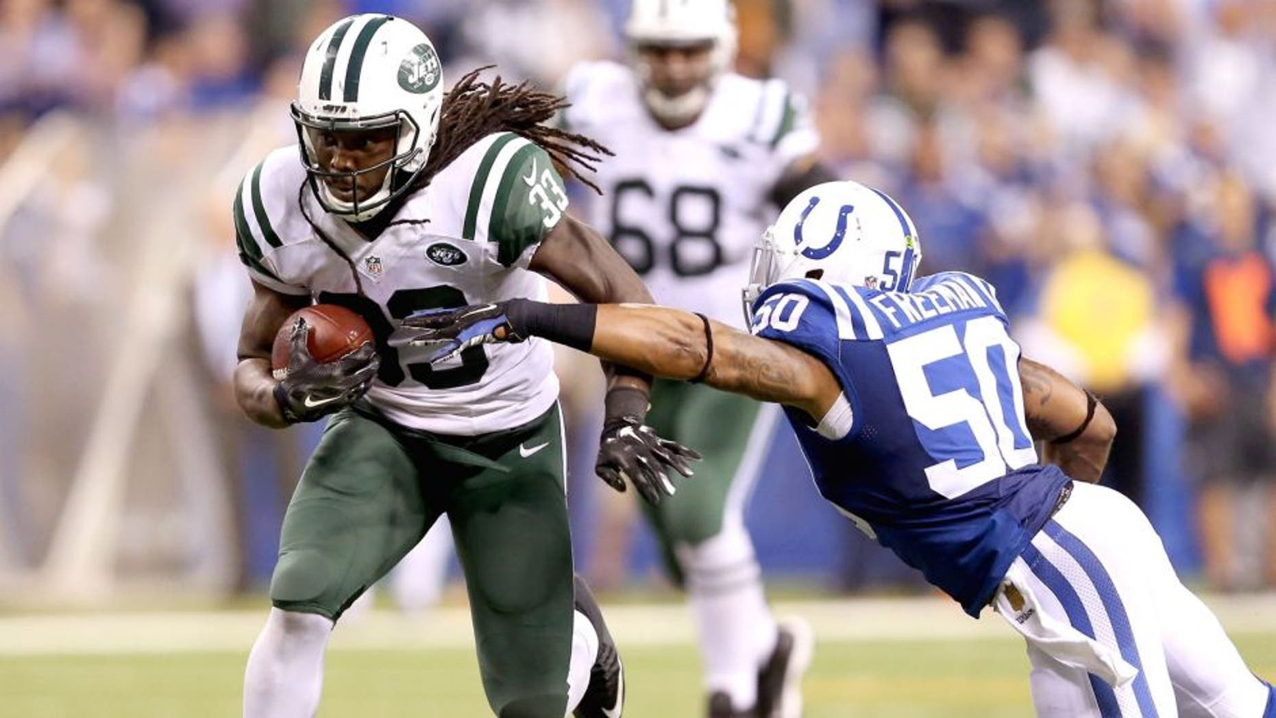 INDIANAPOLIS, IN - SEPTEMBER 21: Chris Ivory #33 of the New York Jets runs the ball during the game against the Indianapolis Colts at Lucas Oil Stadium on September 21, 2015 in Indianapolis, Indiana. (Photo by Andy Lyons/Getty Images)