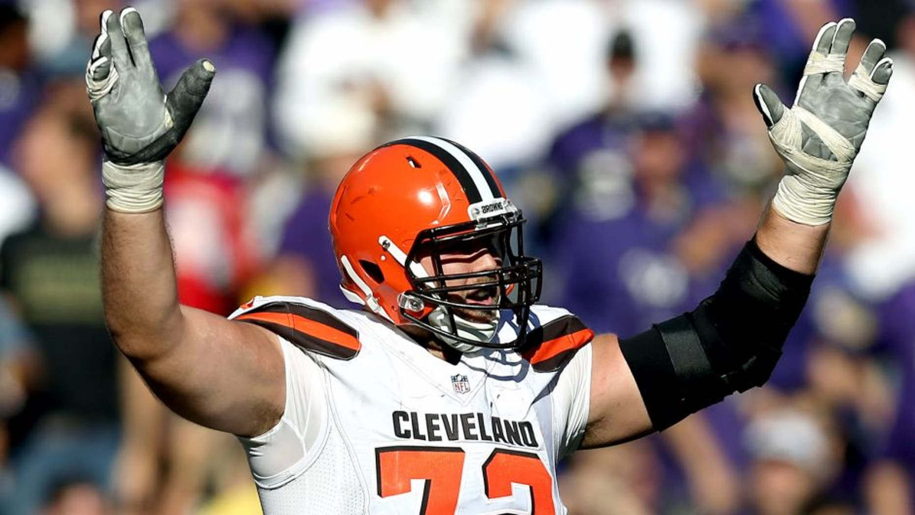 BALTIMORE, MD - OCTOBER 11: Tackle Mitchell Schwartz #72 of the Cleveland Browns celebrates after a fourth quarter touchdown during a game against the Baltimore Ravens at M&T Bank Stadium on October 11, 2015 in Baltimore, Maryland. (Photo by Patrick Smith/Getty Images)