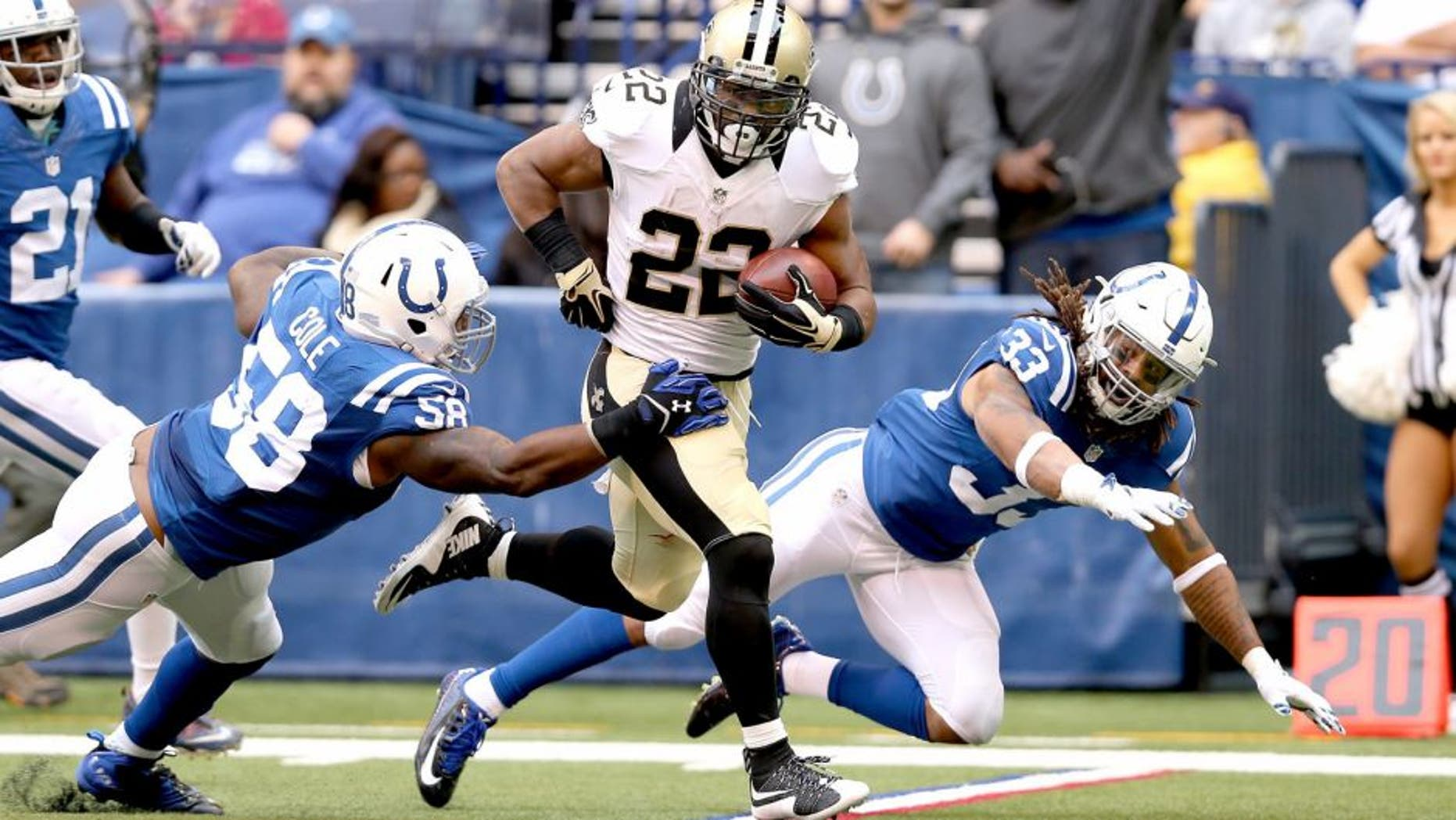 INDIANAPOLIS, IN - OCTOBER 25: Mark Ingram #22 of the New Orleans Saints runs with the ball against the Indianapolis Colts at Lucas Oil Stadium on October 25, 2015 in Indianapolis, Indiana. (Photo by Andy Lyons/Getty Images)