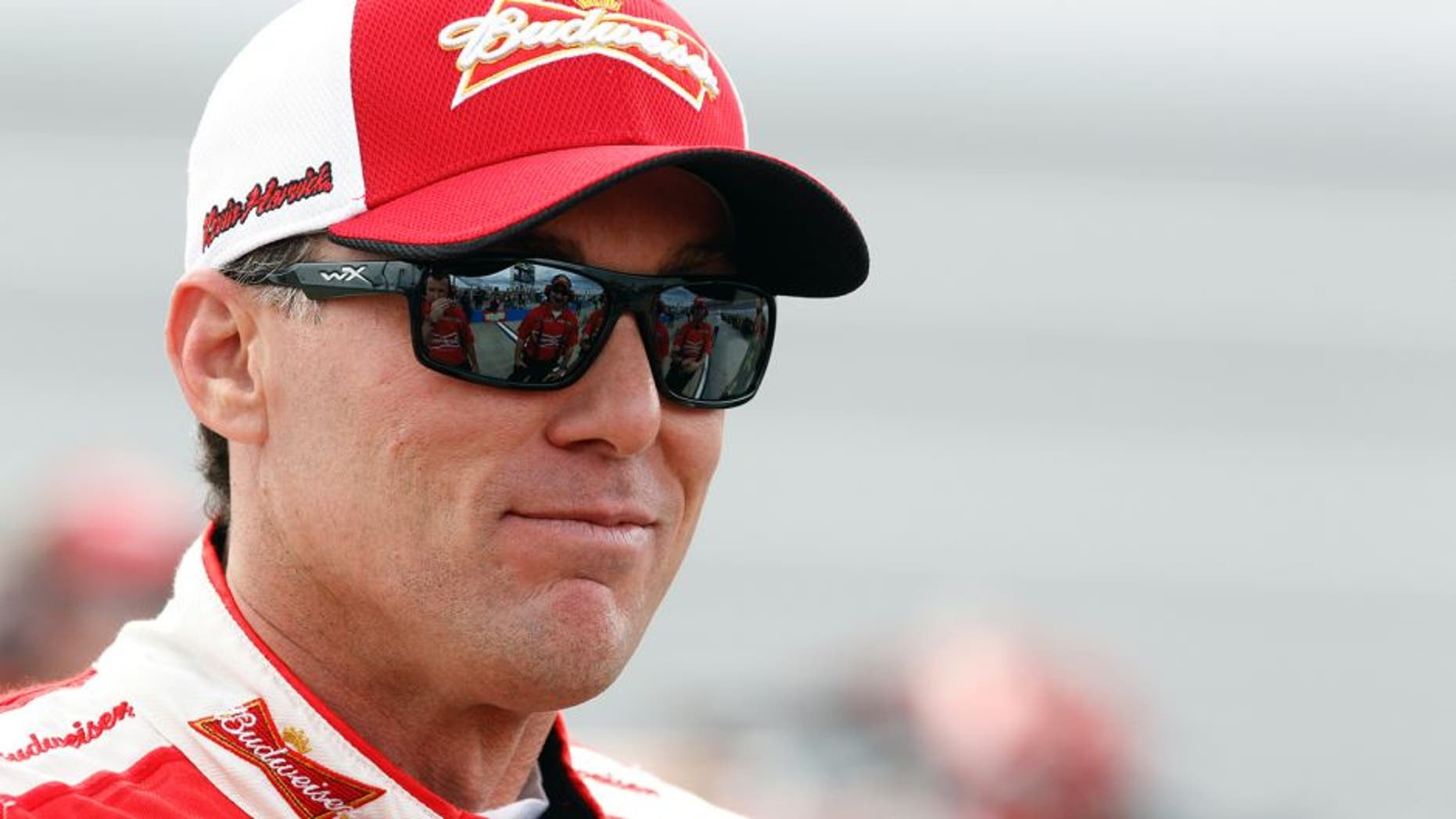 TALLADEGA, AL - OCTOBER 24: Kevin Harvick, driver of the #4 Budweiser/Jimmy John's Chevrolet, stands on the grid during qualifying for the NASCAR Sprint Cup Series CampingWorld.com 500 at Talladega Superspeedway on October 24, 2015 in Talladega, Alabama. (Photo by Brian Lawdermilk/Getty Images)