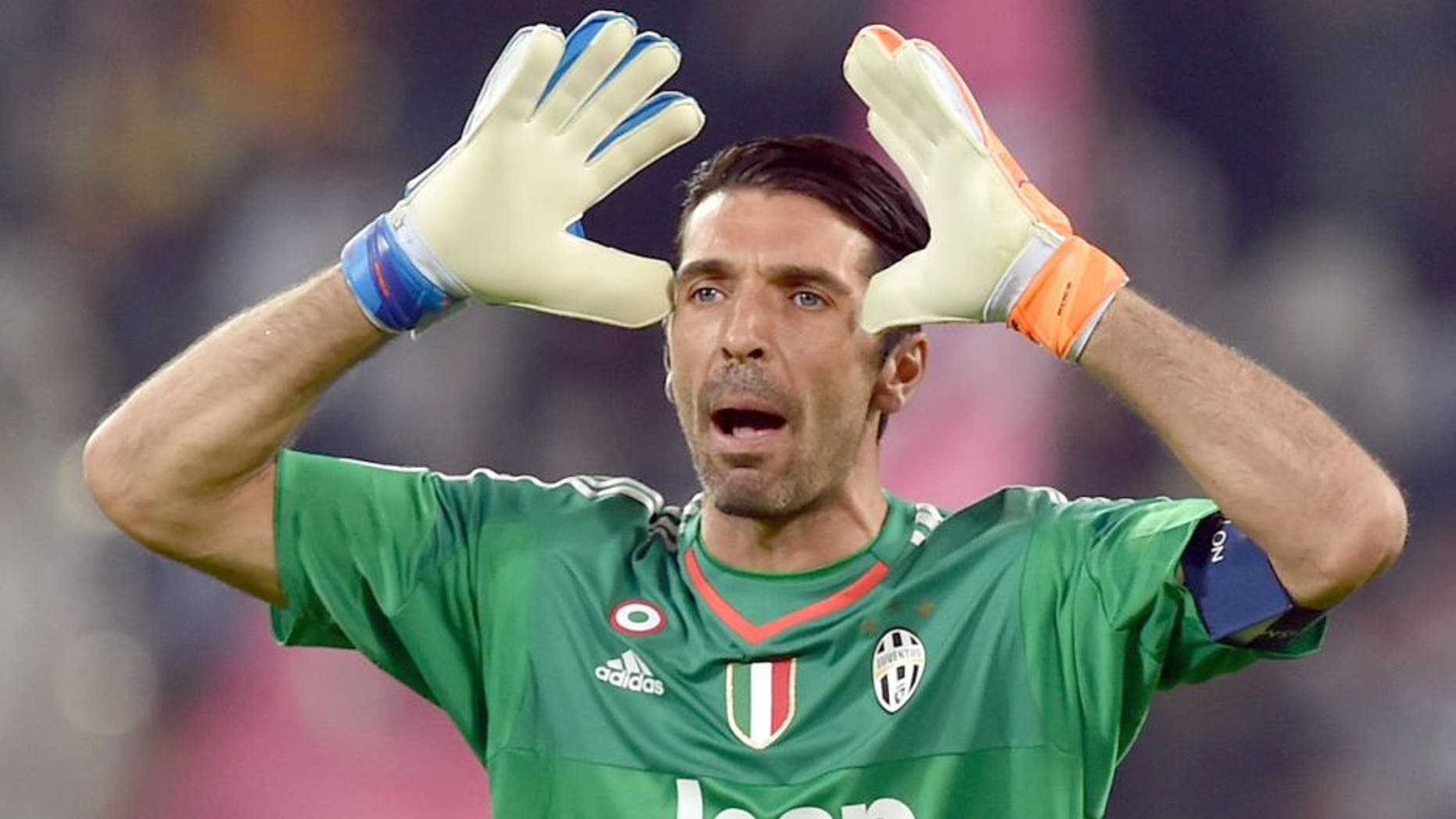TURIN, ITALY - SEPTEMBER 30: Gianluigi Buffon of Juventus reacts during the UEFA Champions League group E match between Juventus and Sevilla FC on September 30, 2015 in Turin, Italy. (Photo by Valerio Pennicino/Getty Images)