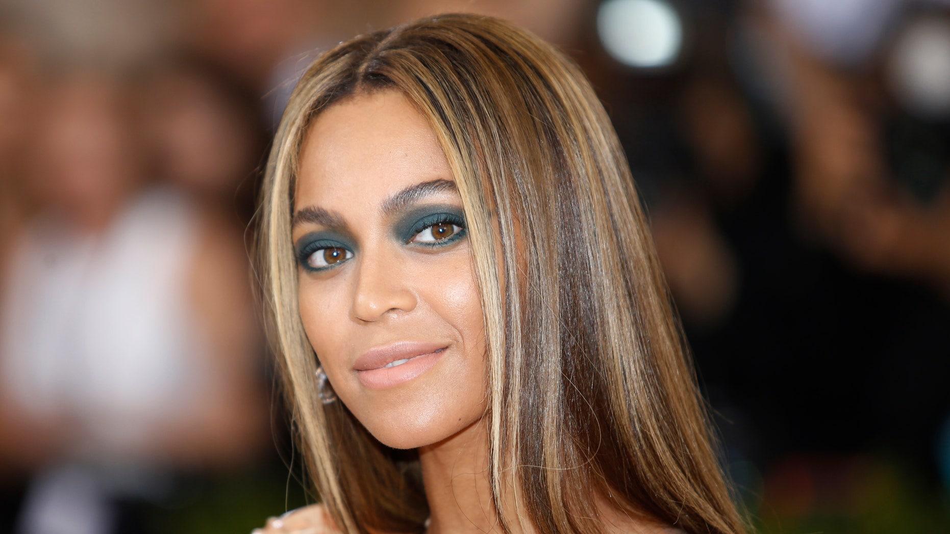 Singer-Songwriter Beyonce Knowles arrives at the Metropolitan Museum of Art Costume Institute Gala (Met Gala) in New York, May 2, 2016.