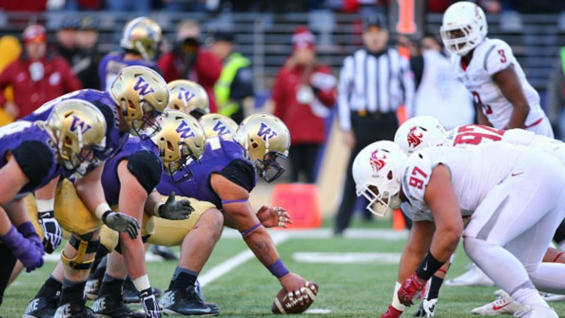November 27, 2015: Washington against Washington State. Washington defeated Washington State 45-10 at Husky Stadium in Seattle, WA during the 108th annual Apple Cup (Photo by Jesse Beals/Icon Sportswire) (Photo by Jesse Beals/Icon Sportswire/Corbis via Getty Images)