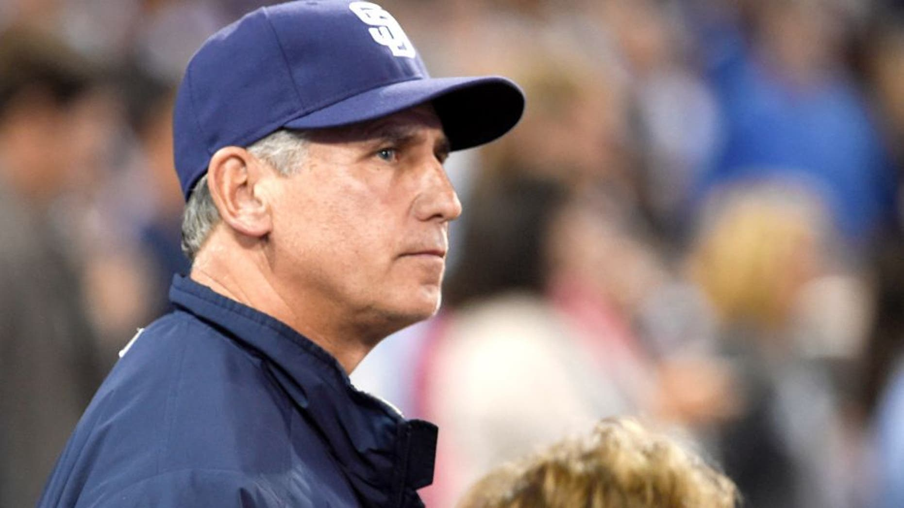 SAN DIEGO, CA - JUNE 13: Manager Bud Black #20 of the San Diego Padres looks on during a baseball game against the Los Angeles Dodgers at Petco Park on June 13, 2015 in San Diego, California. (Photo by Denis Poroy/Getty Images)