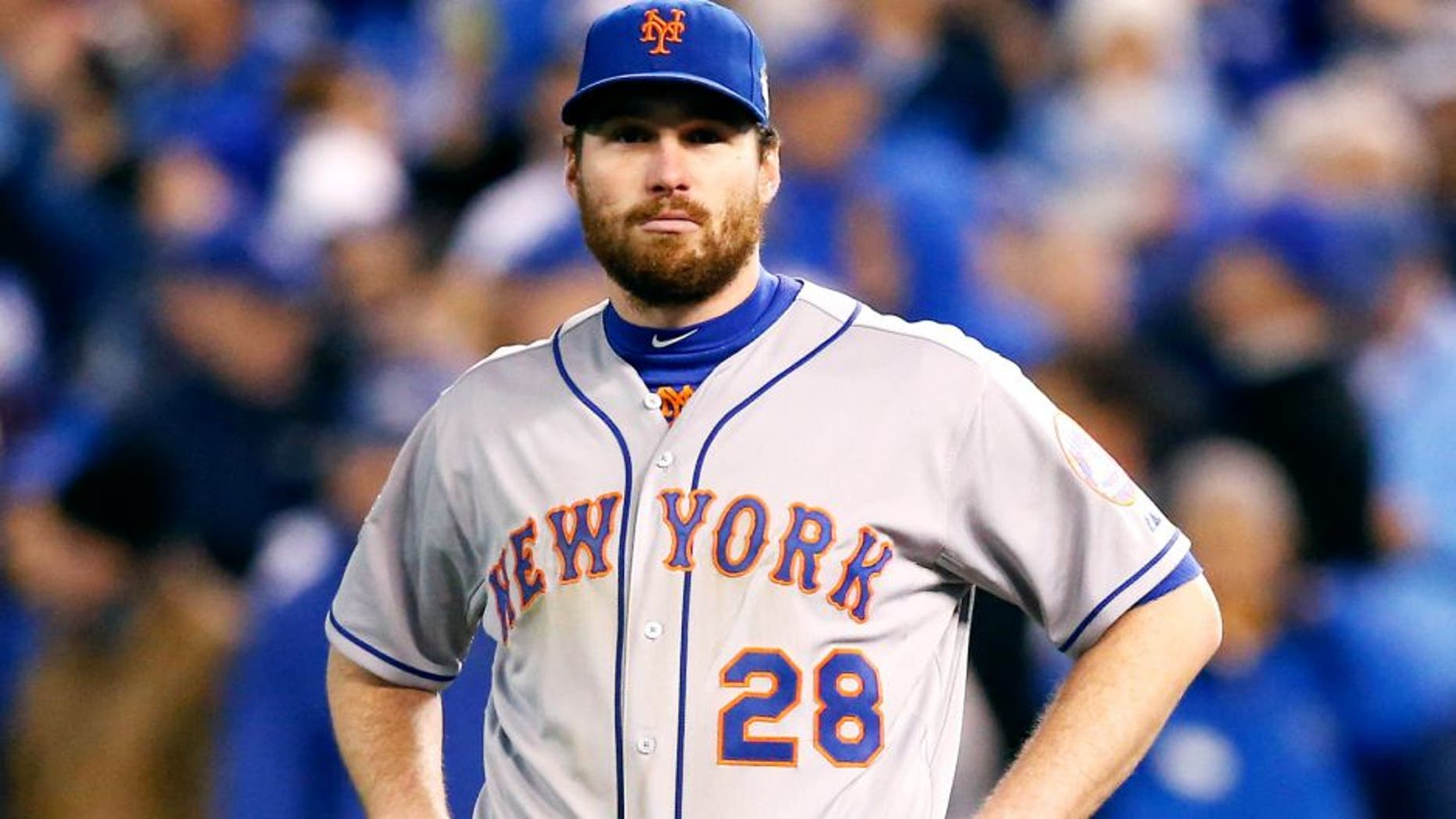 KANSAS CITY, MO - OCTOBER 28: Daniel Murphy #28 of the New York Mets reacts in the eighth inning against the Kansas City Royals in Game Two of the 2015 World Series at Kauffman Stadium on October 28, 2015 in Kansas City, Missouri. (Photo by Christian Petersen/Getty Images)