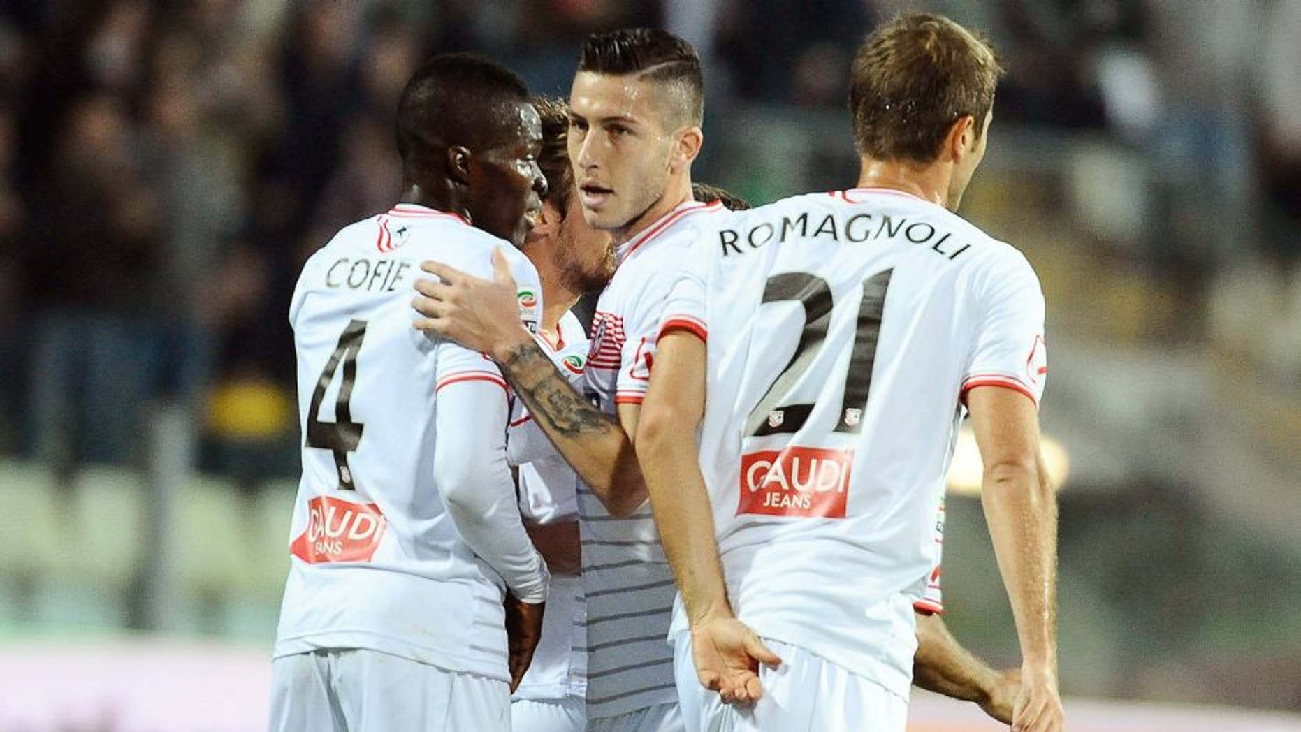 MODENA, ITALY - OCTOBER 24: Gaetano Letizia # 3 of Carpi FC celebrates after scoring the opening goal during the Serie A match between Carpi FC and Bologna FC at Alberto Braglia Stadium on October 24, 2015 in Modena, Italy. (Photo by Mario Carlini / Iguana Press/Getty Images)