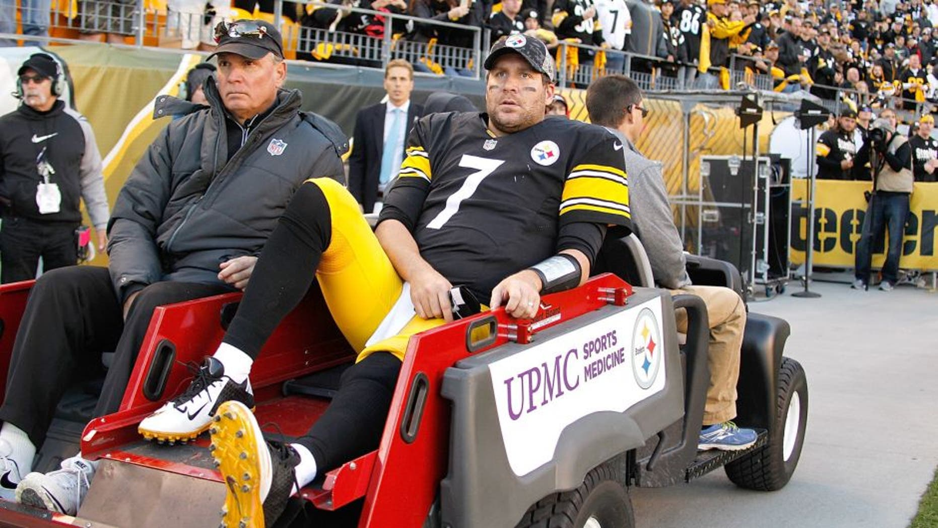 PITTSBURGH, PA - NOVEMBER 08: Ben Roethlisberger #7 of the Pittsburgh Steelers is carted off of the field after being injured in the 4th quarter of the game against the Oakland Raiders at Heinz Field on November 8, 2015 in Pittsburgh, Pennsylvania. (Photo by Justin K. Aller/Getty Images)