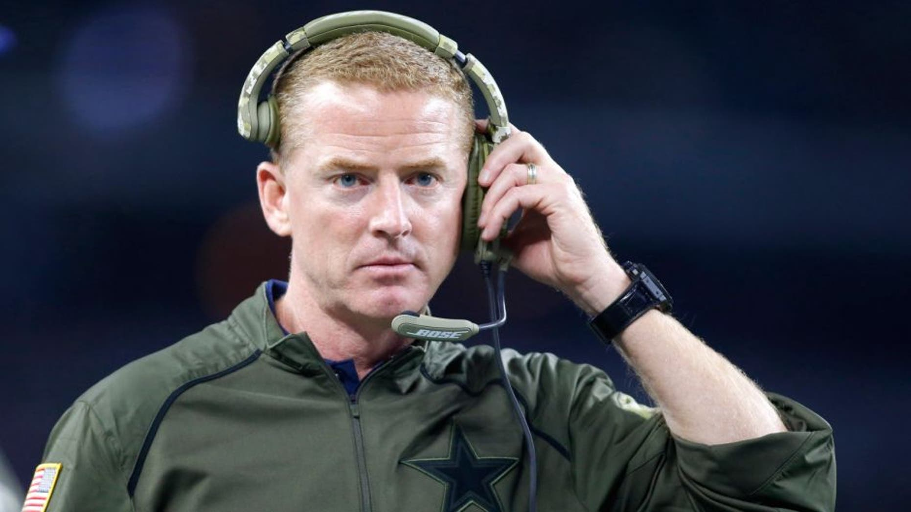 Nov 8, 2015; Arlington, TX, USA; Dallas Cowboys head coach Jason Garrett on the sidelines during the game against the Philadelphia Eagles at AT&T Stadium. Philadelphia won 33-27 in overtime. Mandatory Credit: Tim Heitman-USA TODAY Sports
