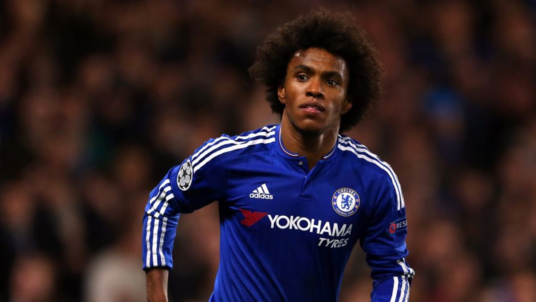 LONDON, ENGLAND - NOVEMBER 04: Willian of Chelsea during the UEFA Champions League Group G match between Chelsea and Dynamo Kyiv at Stamford Bridge on November 4, 2015 in London, United Kingdom. (Photo by Catherine Ivill - AMA/Getty Images)