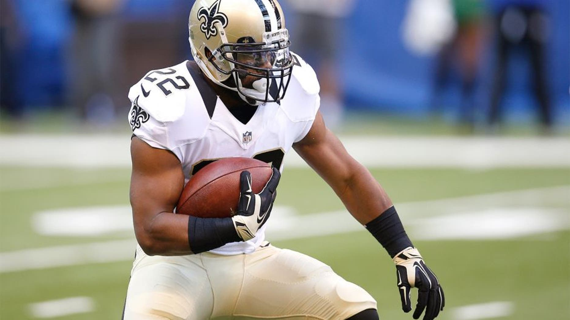 INDIANAPOLIS, IN - OCTOBER 25 Mark Ingram #22 of the New Orleans Saints runs the ball against the Indianapolis Colts in the first half of the game at Lucas Oil Stadium on October 25, 2015 in Indianapolis, Indiana. The Saints defeated the Colts 27-21. (Photo by Joe Robbins/Getty Images)