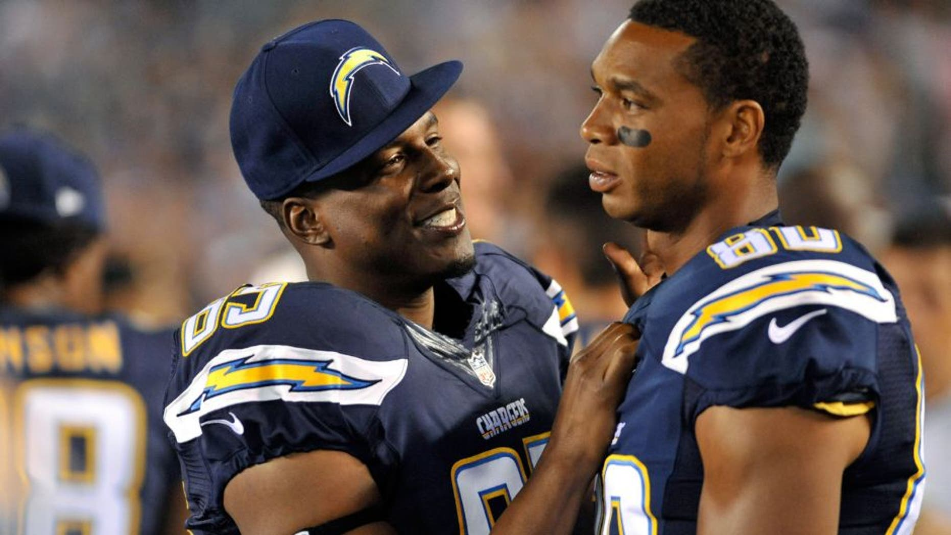 Aug 13, 2015; San Diego, CA, USA; San Diego Chargers tight end Antonio Gates (85) and wide receiver Malcom Floyd (80) in a preseason NFL football game against the Dallas Cowboys at Qualcomm Stadium. Mandatory Credit: Orlando Ramirez-USA TODAY Sports