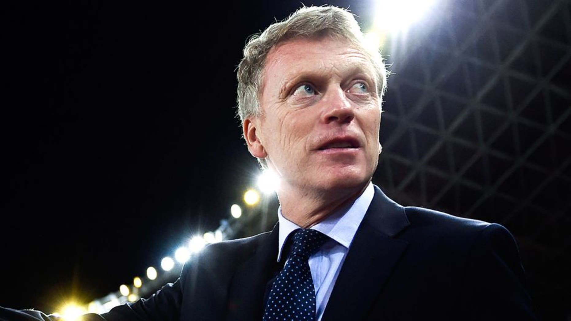 SAN SEBASTIAN, SPAIN - NOVEMBER 28: Head coach David Moyes of Real Sociedad looks on during the La Liga match between Real Socided and Elche FC at Estadio Anoeta on November 28, 2014 in San Sebastian, Spain. (Photo by David Ramos/Getty Images)