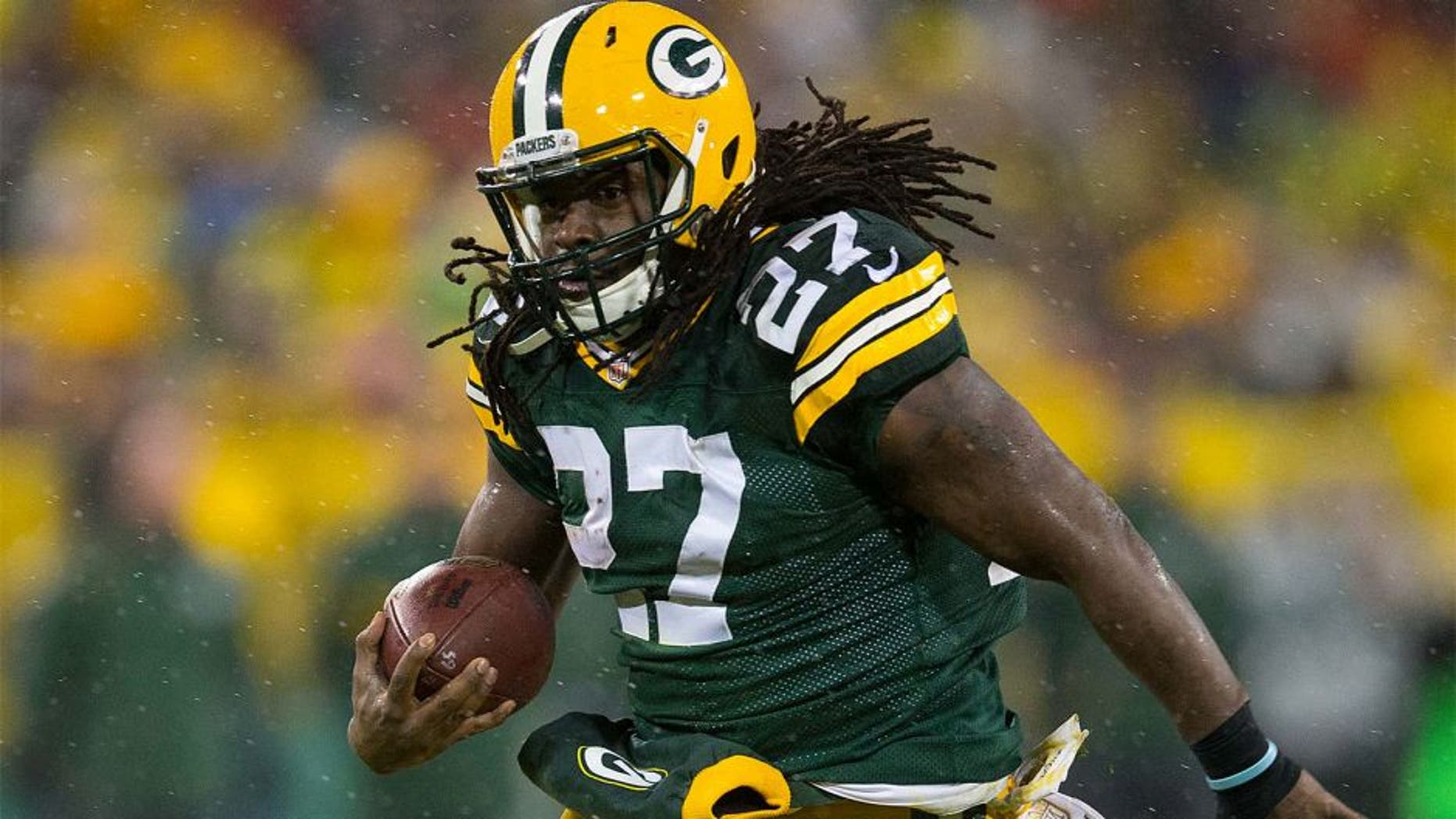 Nov 26, 2015; Green Bay, WI, USA; Green Bay Packers running back Eddie Lacy (27) during the NFL game against the Chicago Bears on Thanksgiving at Lambeau Field. Chicago won 17-13. Mandatory Credit: Jeff Hanisch-USA TODAY Sports
