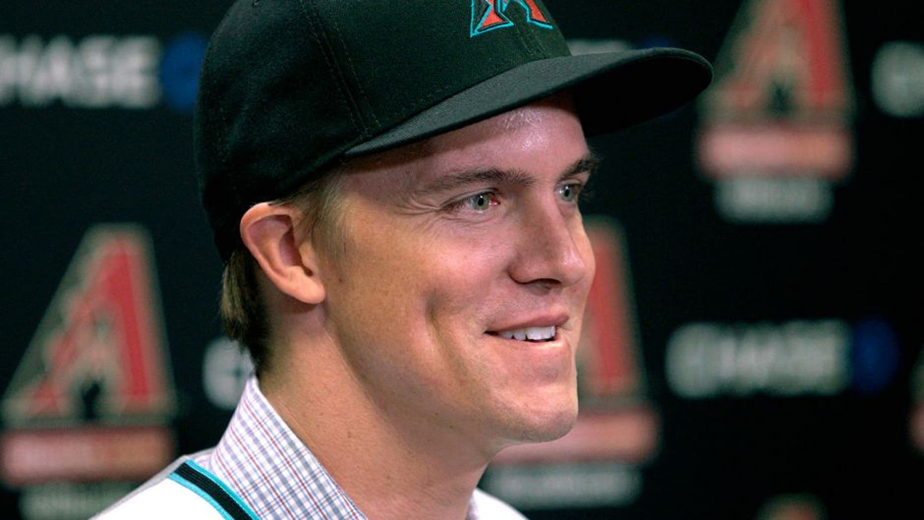 PHOENIX, AZ - DECEMBER 11: Free agent aquisition Zack Greinke of the Arizona Diamondbacks speaks to the media during a press conference at Chase Field on December 11, 2015 in Phoenix, Arizona. (Photo by Ralph Freso/Getty Images)