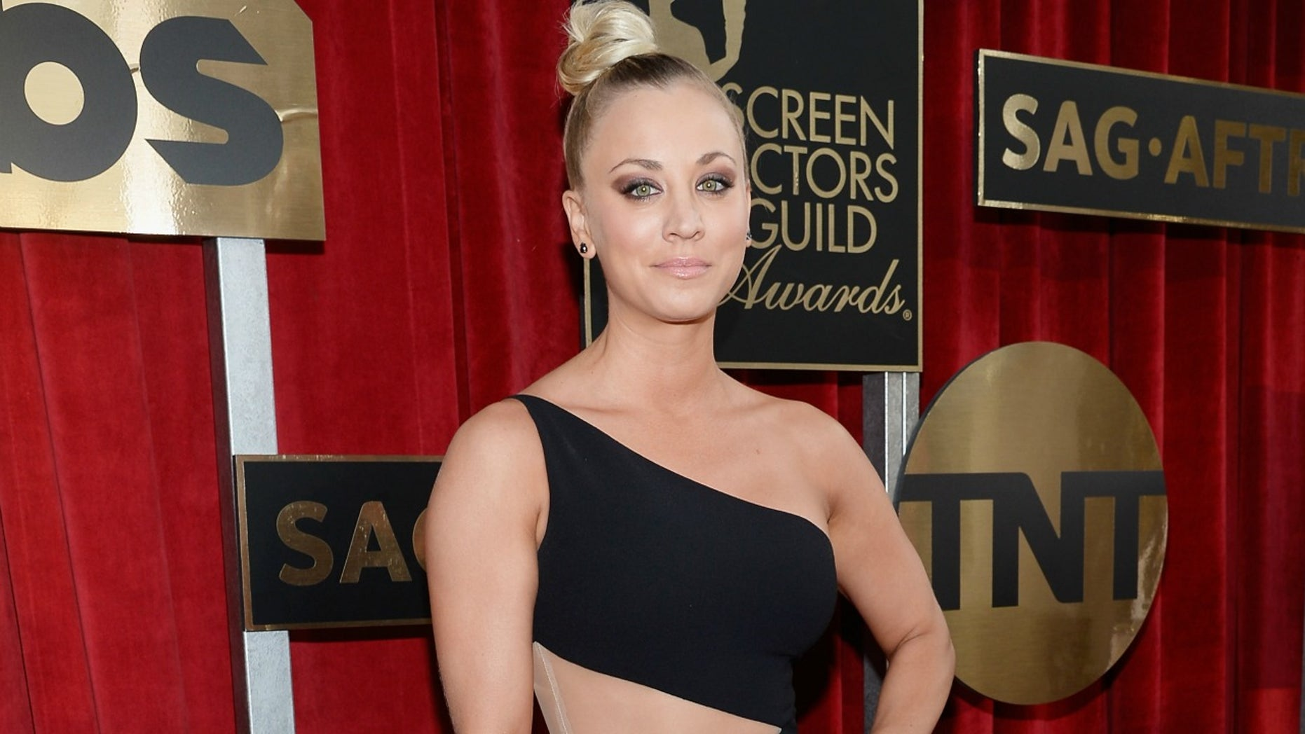 LOS ANGELES, CA - JANUARY 30:  Actress Kaley Cuoco attends the 22nd Annual Screen Actors Guild Awards at The Shrine Auditorium on January 30, 2016 in Los Angeles, California.  (Photo by Kevork Djansezian/Getty Images)