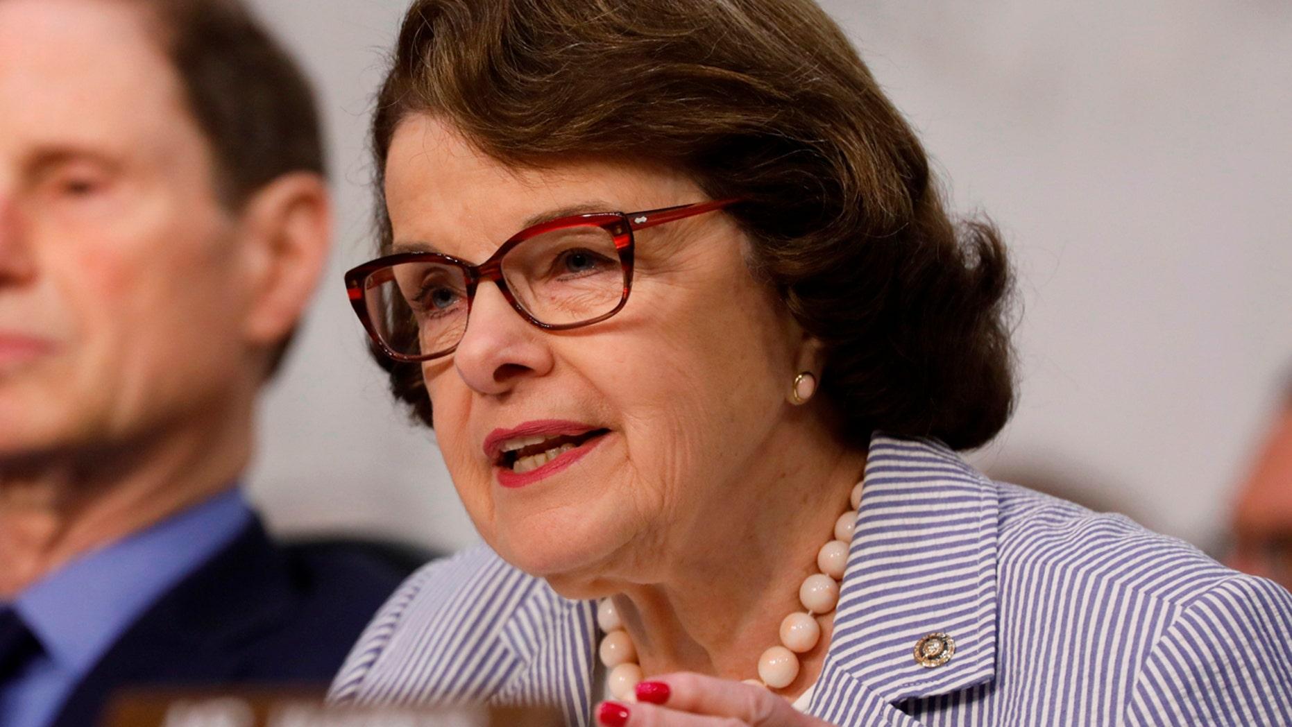 U.S. Sen. Dianne Feinstein speaks during ahearing on Capitol Hill in Washington, June 8, 2017. (Reuters)