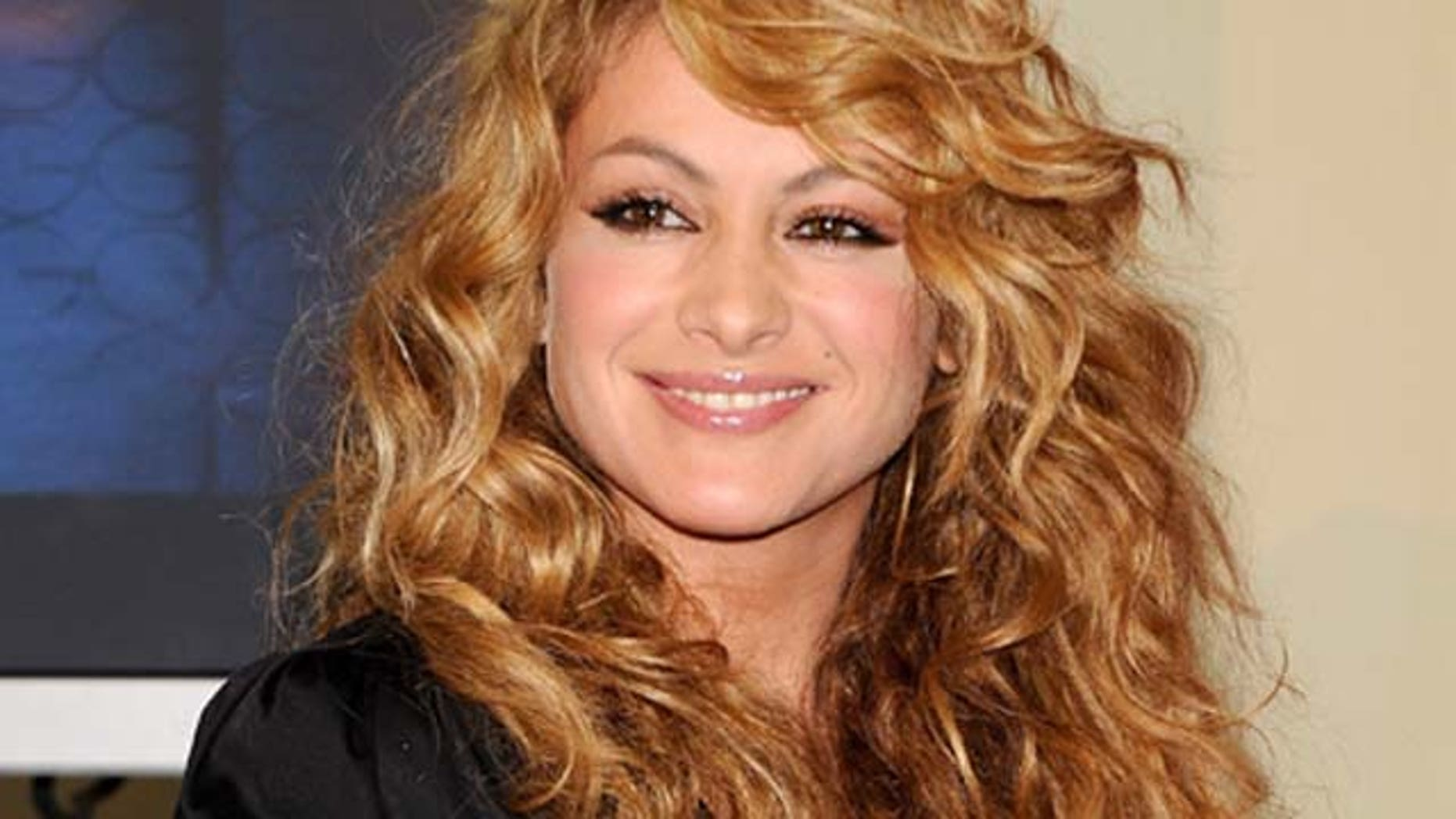 Dec.10, 2009: Singer Paulina Rubio receives Golden and Platinum Disc at Palace Hotel in Madrid, Spain.