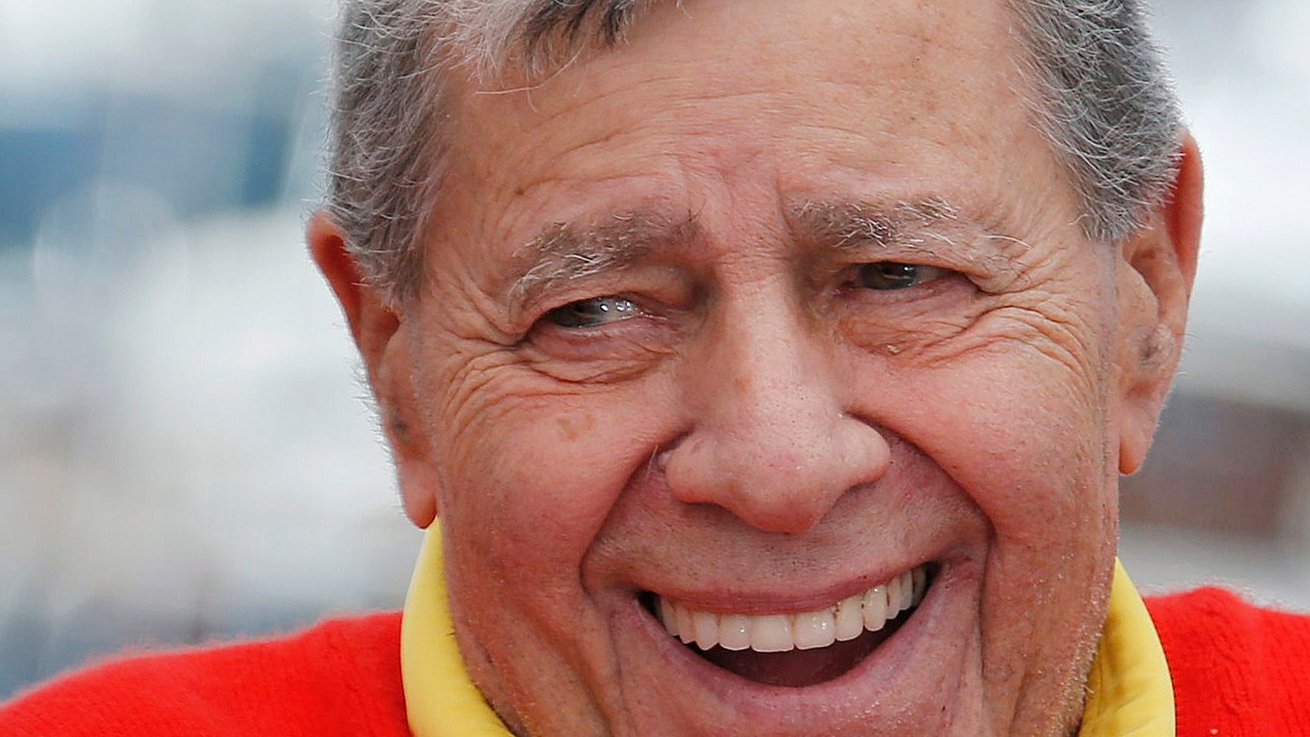 "Cast member Jerry Lewis poses during a photocall for the film ""Max Rose"" at the 66th Cannes Film Festival in Cannes May 23, 2013.                   REUTERS/Regis Duvignau (FRANCE  - Tags: ENTERTAINMENT HEADSHOT)   - RTXZXRZ"